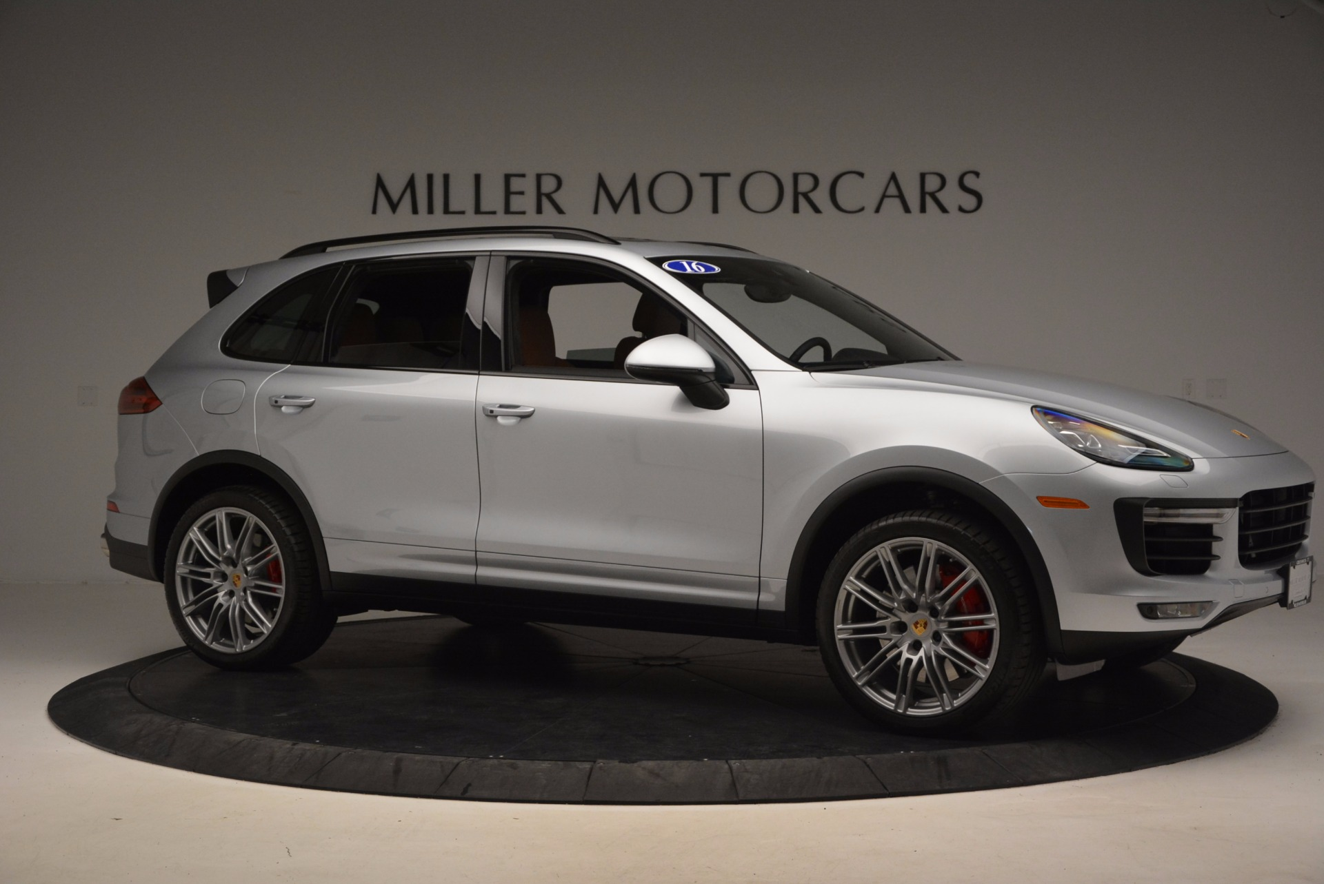 Used 2016 Porsche Cayenne Turbo For Sale In Westport, CT 1000_p10