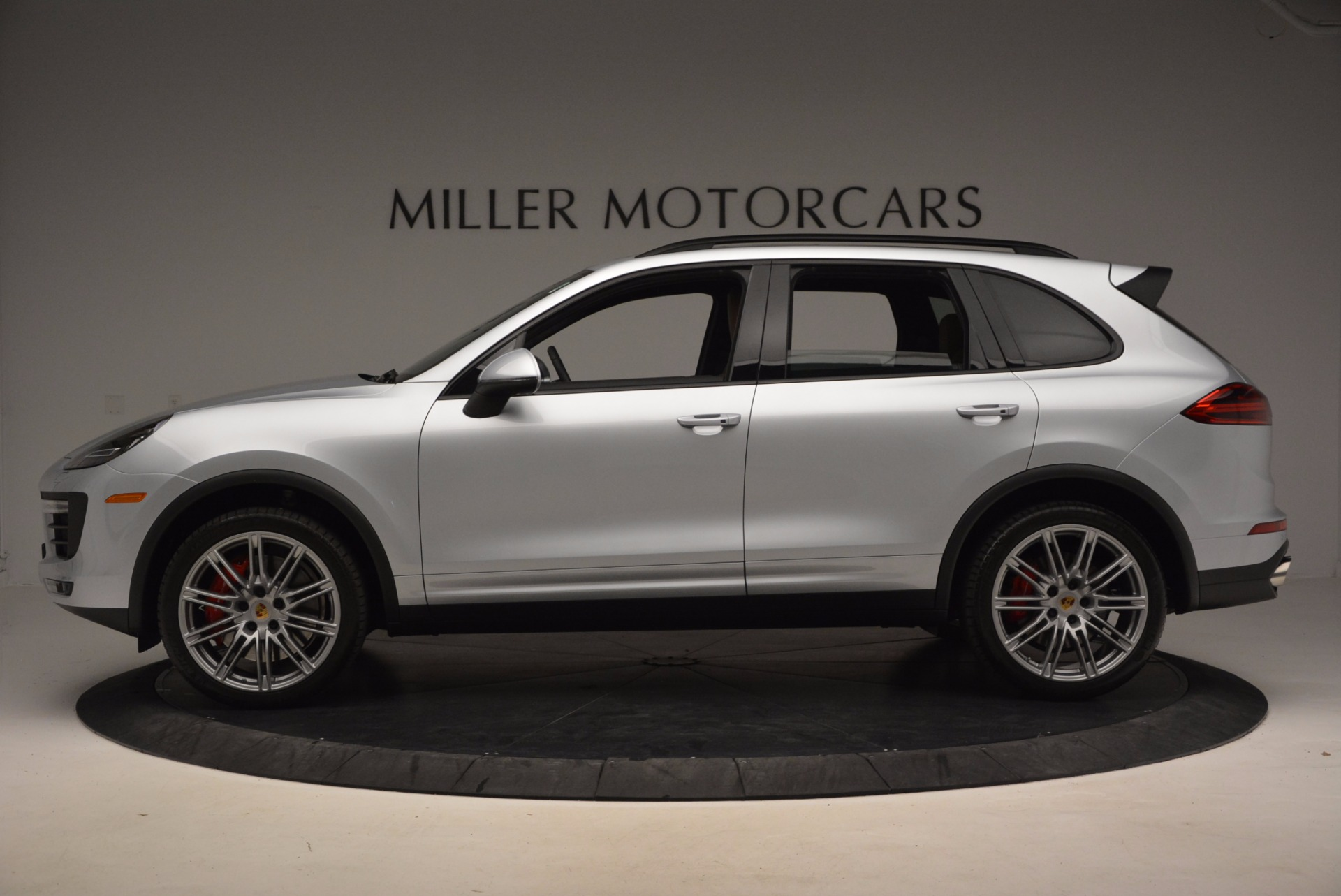 Used 2016 Porsche Cayenne Turbo For Sale In Westport, CT 1000_p3