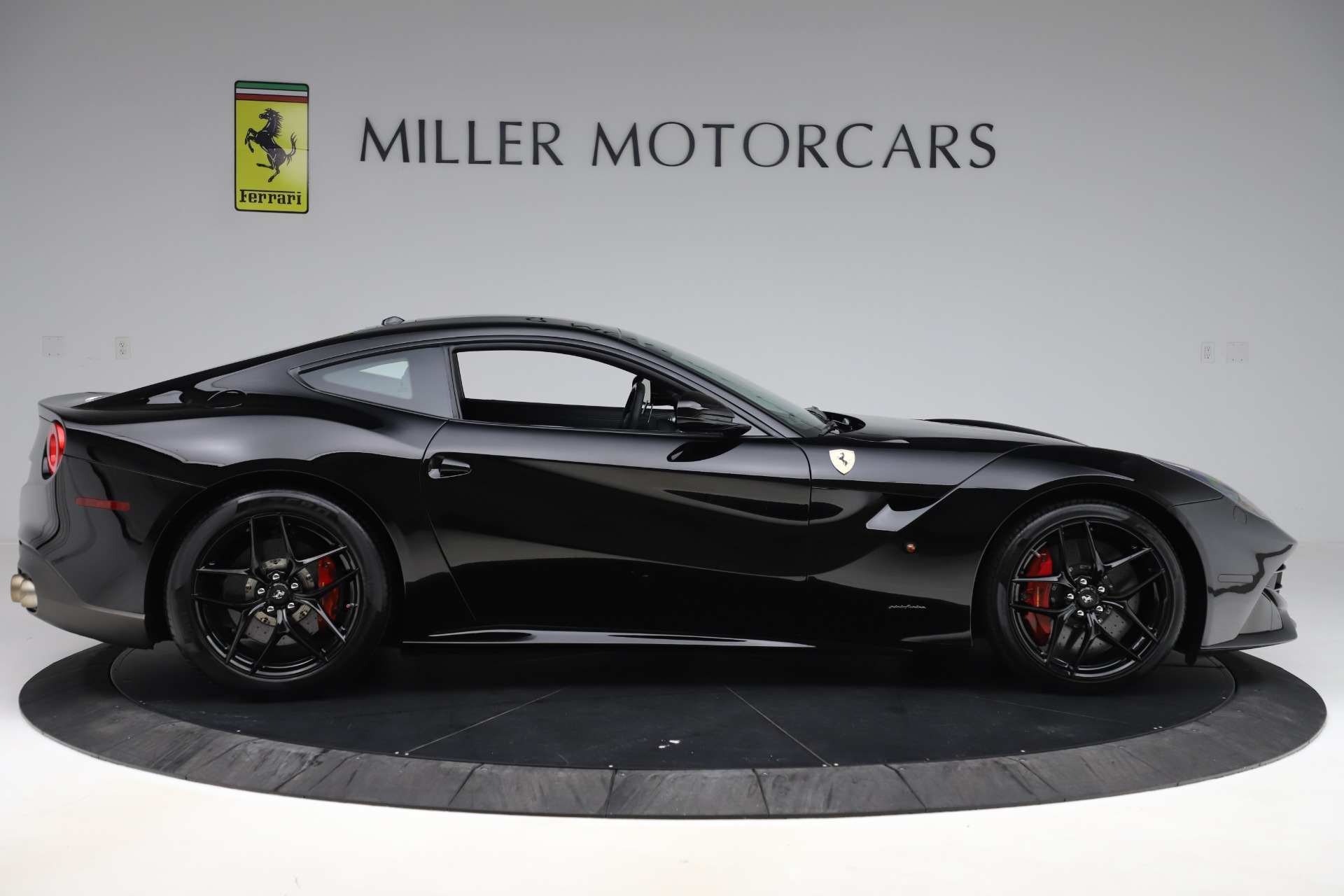 Used 2016 Ferrari F12 Berlinetta  For Sale In Westport, CT 1008_p9