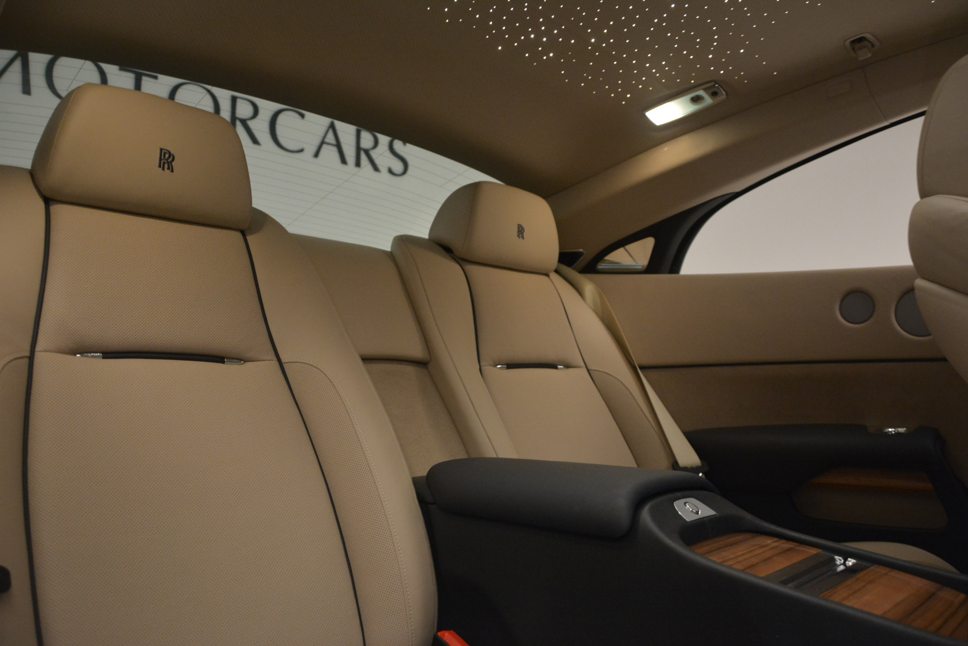 Used 2015 Rolls-Royce Wraith  For Sale In Westport, CT 1013_p28