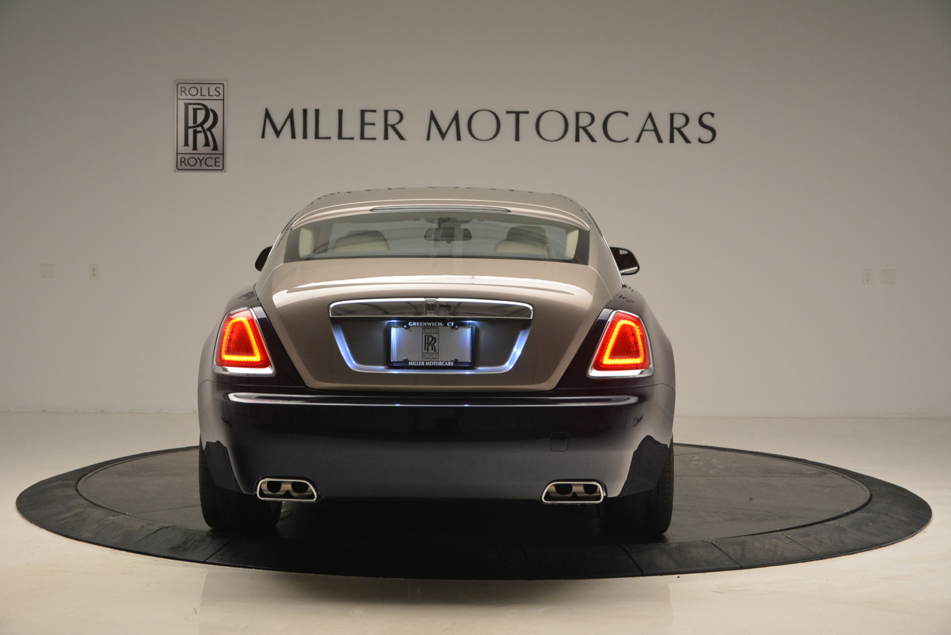 Used 2015 Rolls-Royce Wraith  For Sale In Westport, CT 1013_p6