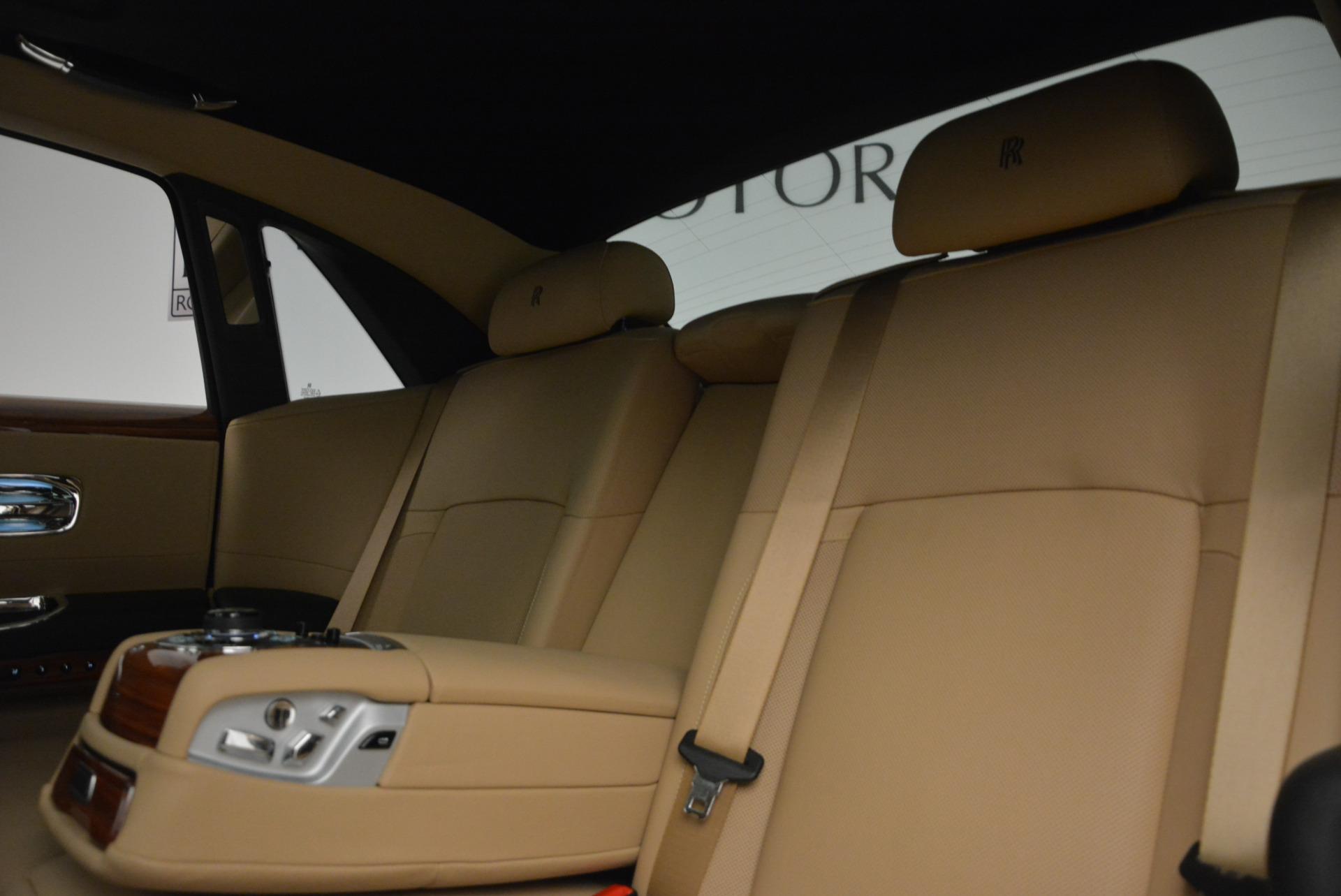Used 2013 Rolls-Royce Ghost  For Sale In Westport, CT 1014_p20