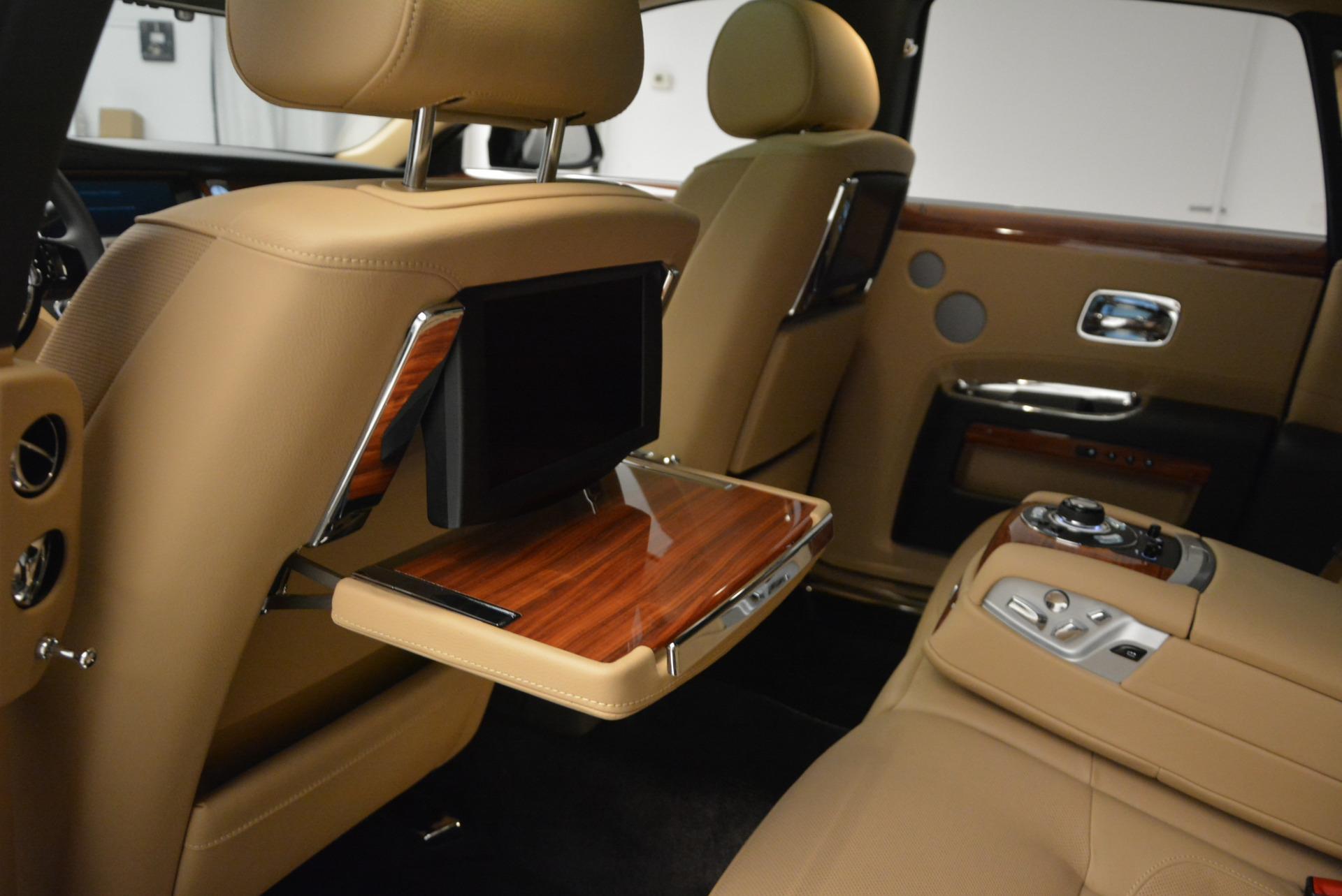 Used 2013 Rolls-Royce Ghost  For Sale In Westport, CT 1014_p26