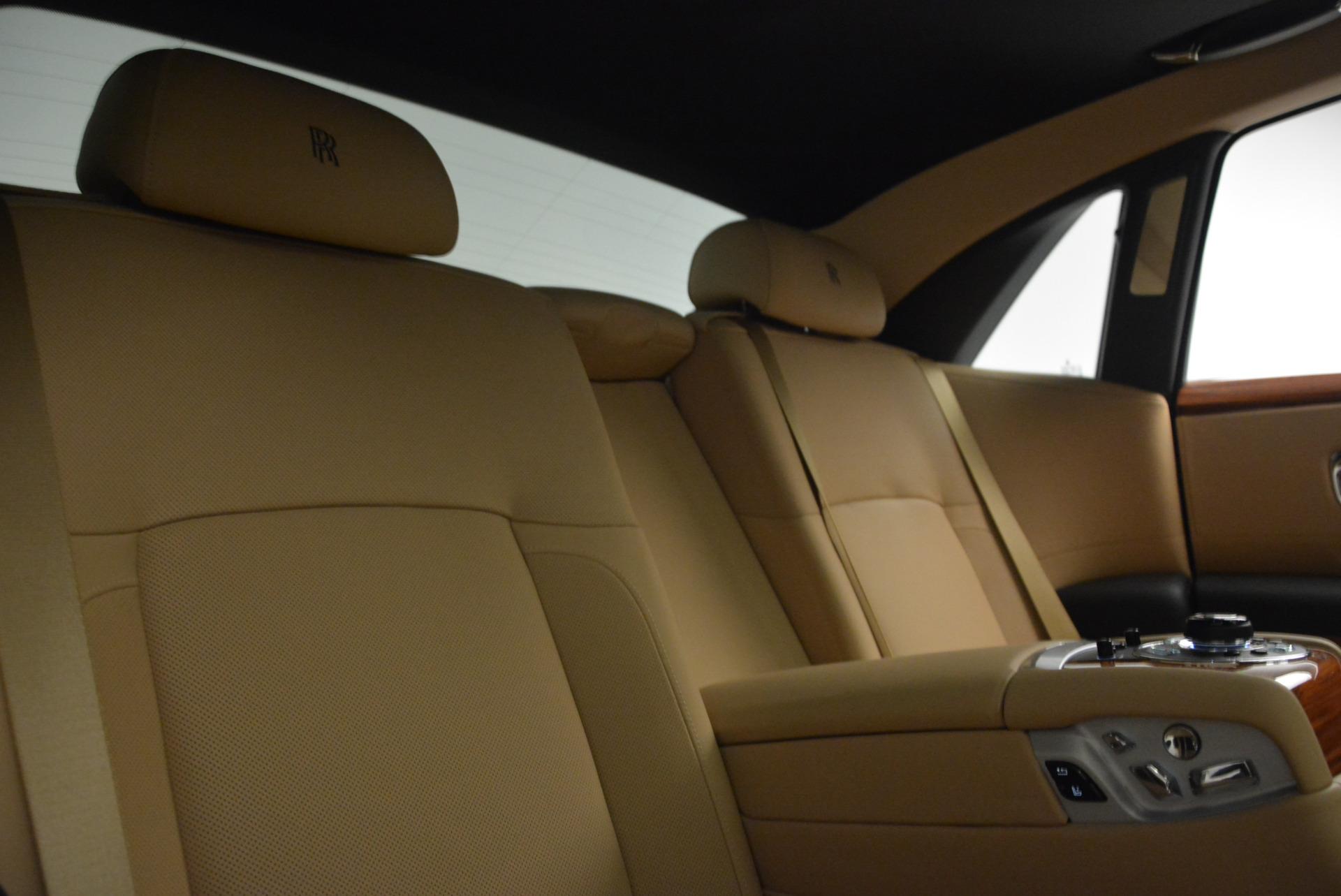 Used 2013 Rolls-Royce Ghost  For Sale In Westport, CT 1014_p30