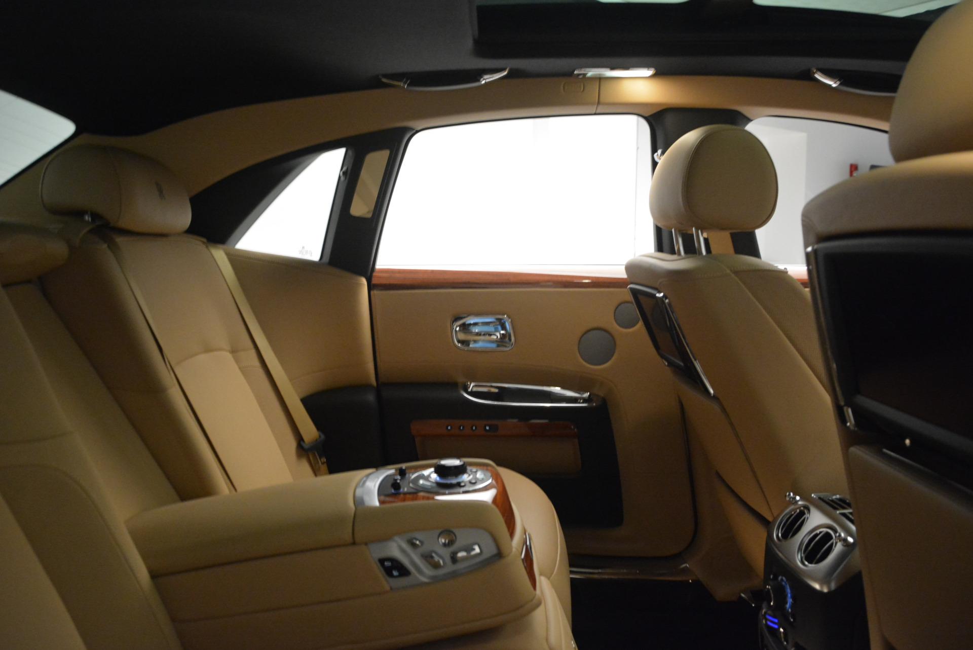 Used 2013 Rolls-Royce Ghost  For Sale In Westport, CT 1014_p32