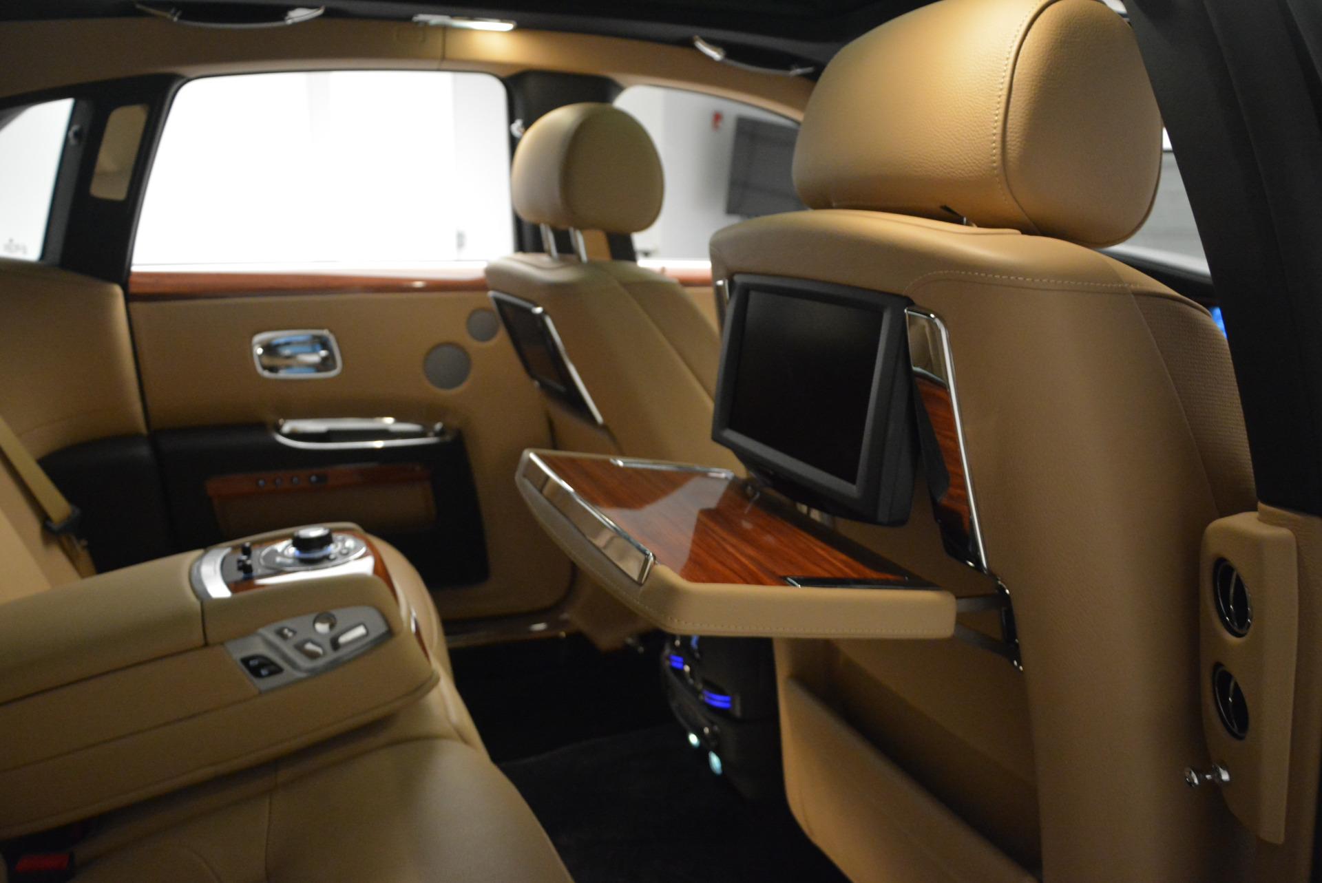 Used 2013 Rolls-Royce Ghost  For Sale In Westport, CT 1014_p33