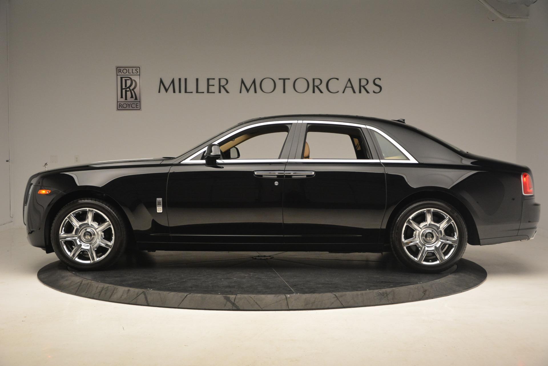Used 2013 Rolls-Royce Ghost  For Sale In Westport, CT 1014_p3