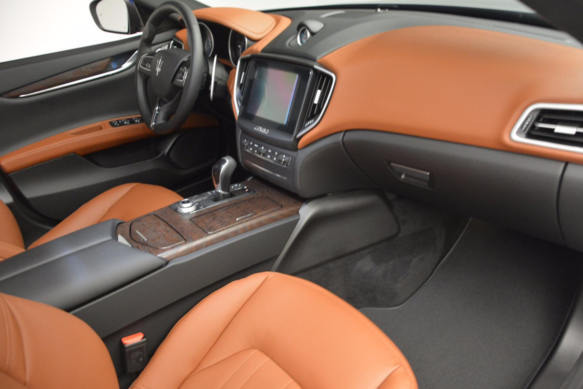 New 2017 Maserati Ghibli S Q4 EX-Loaner For Sale In Westport, CT 1018_p13