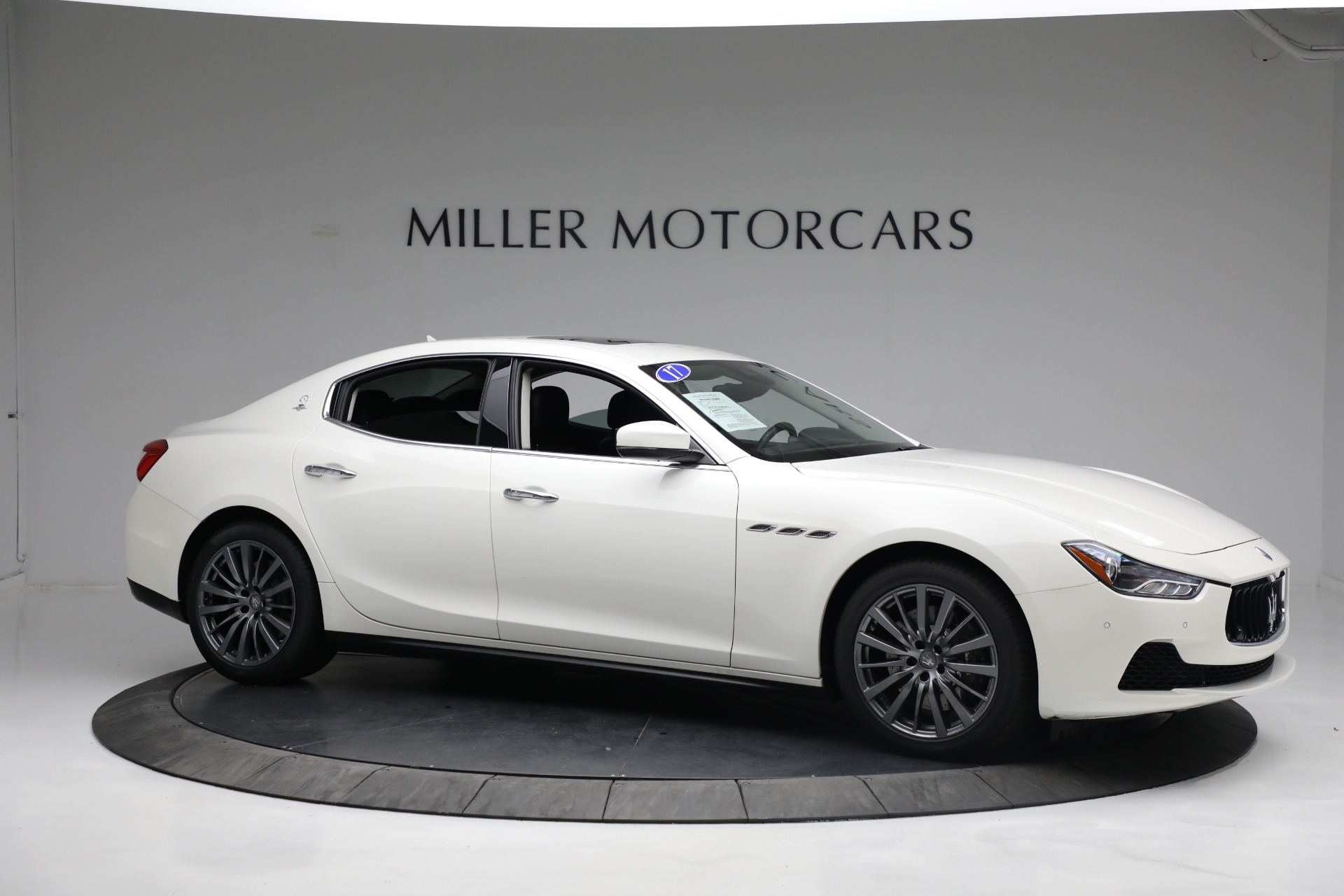New 2017 Maserati Ghibli S Q4 EX-Loaner For Sale In Westport, CT 1019_p10