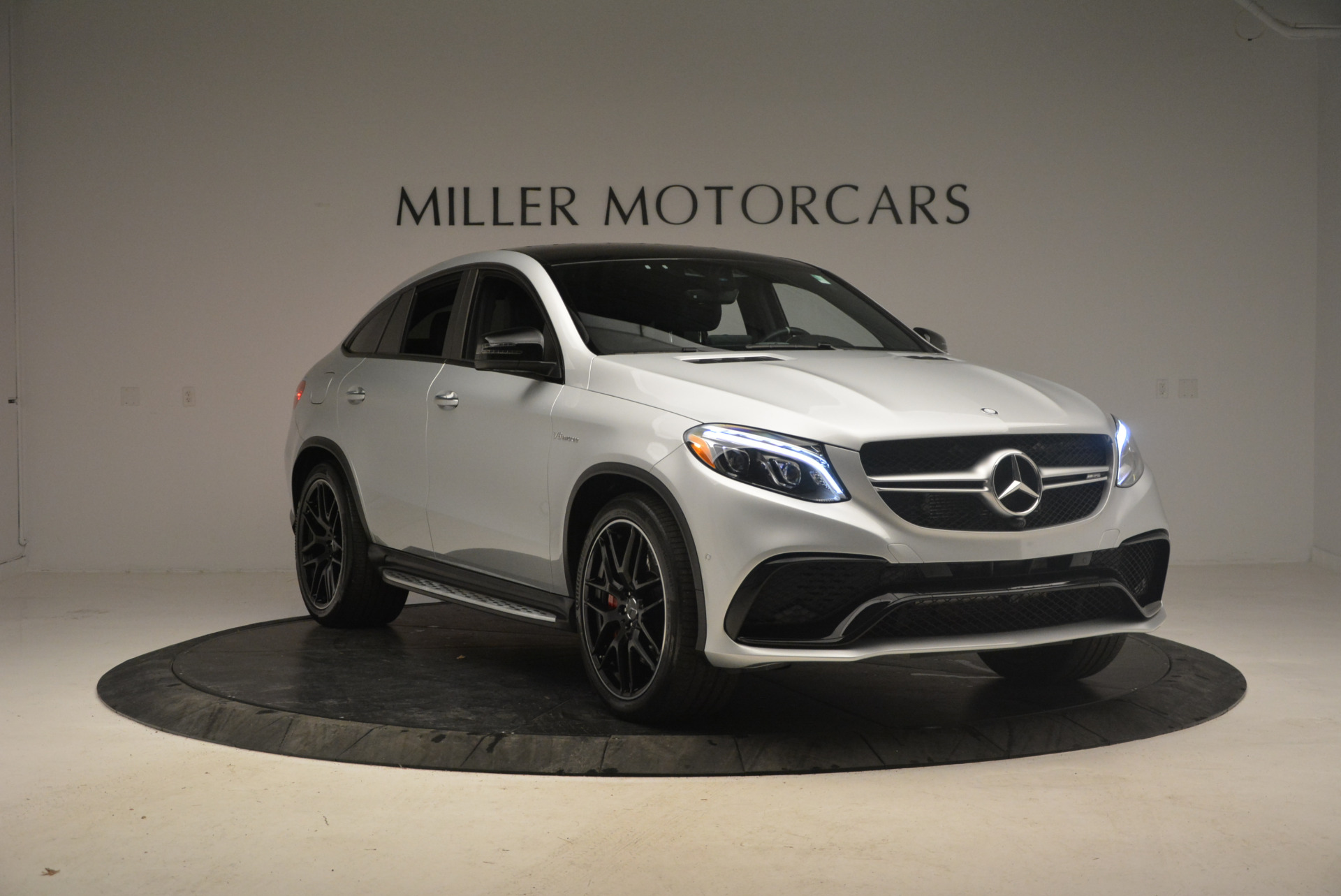 Used 2016 Mercedes Benz AMG GLE63 S For Sale In Westport, CT 1025_p11