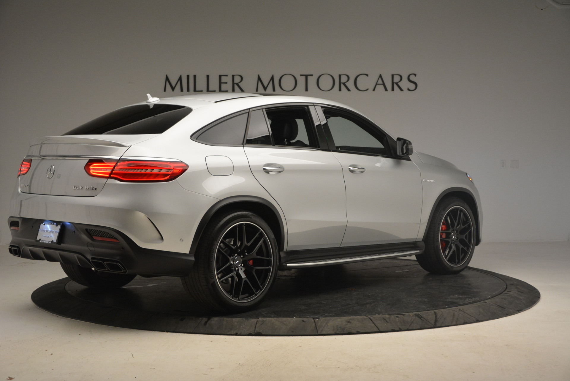 Used 2016 Mercedes Benz AMG GLE63 S For Sale In Westport, CT 1025_p8