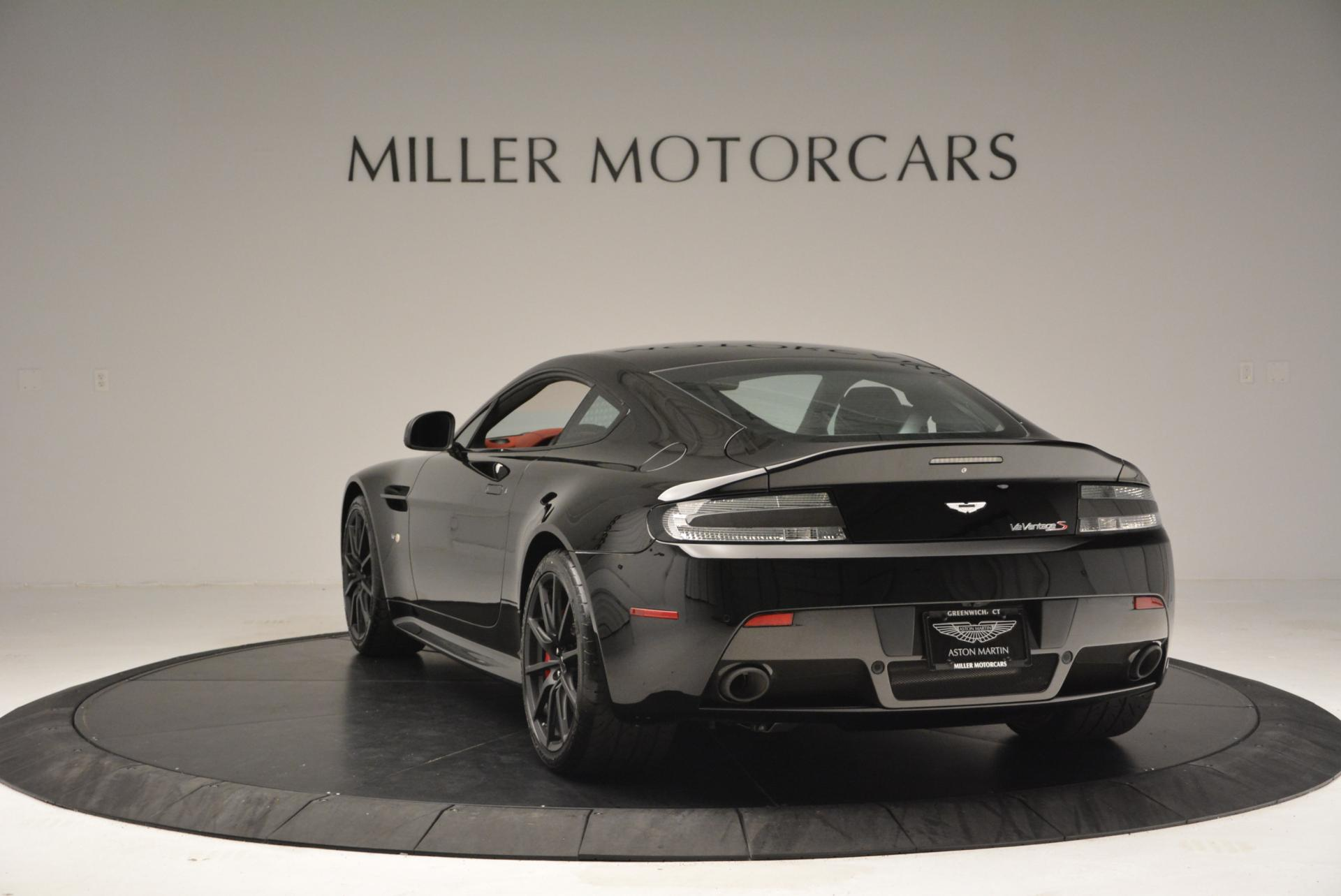 New 2015 Aston Martin V12 Vantage S  For Sale In Westport, CT 103_p5