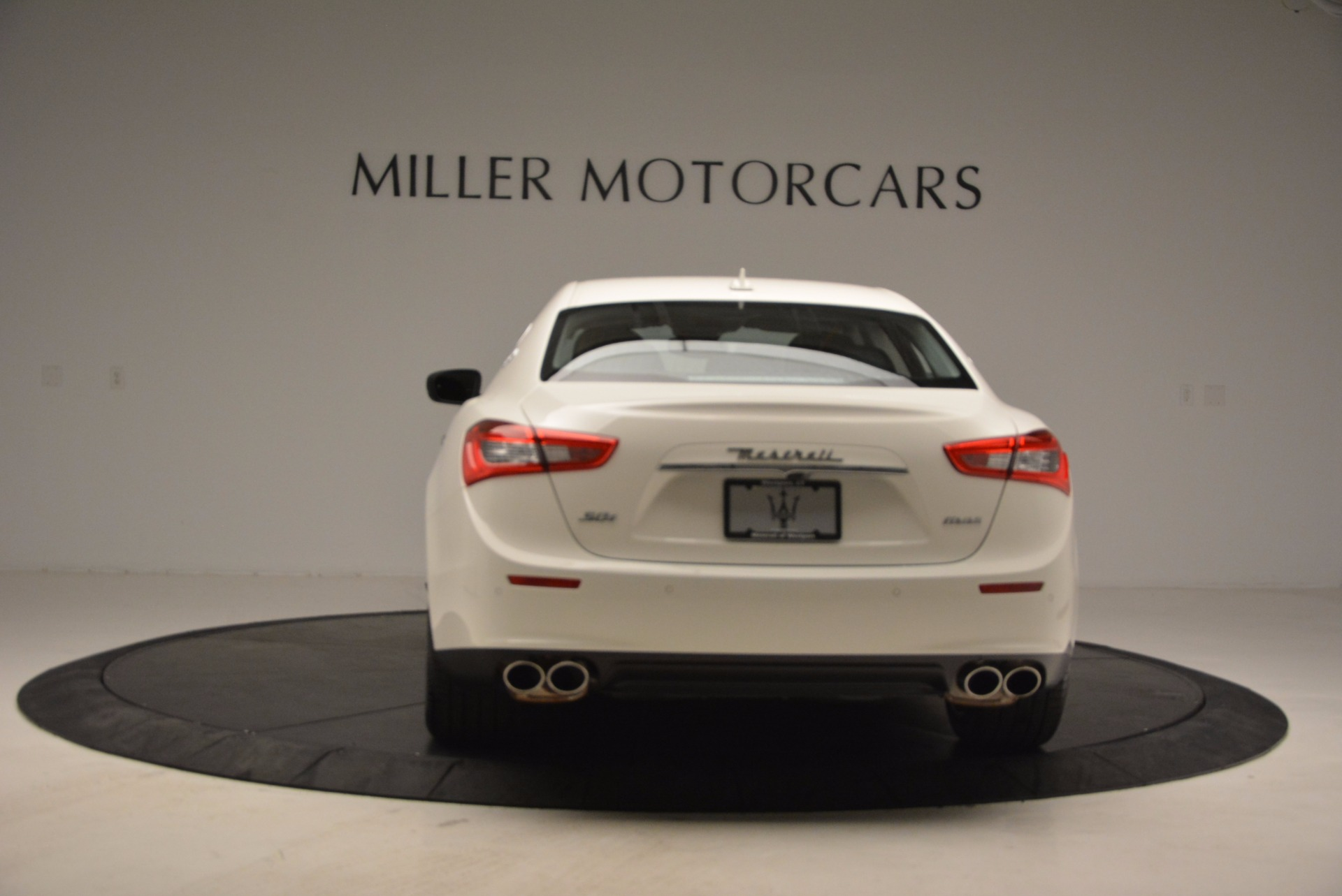 New 2017 Maserati Ghibli S Q4 EX-Loaner For Sale In Westport, CT 1031_p6