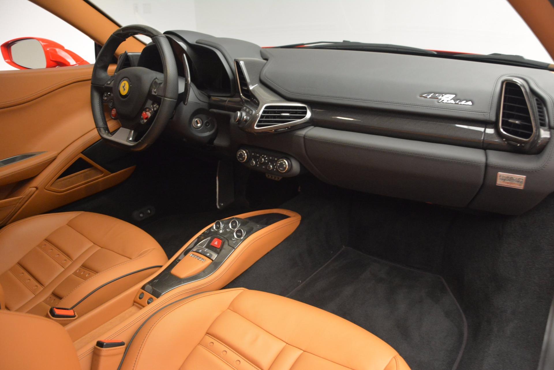Used 2011 Ferrari 458 Italia  For Sale In Westport, CT 1054_p17