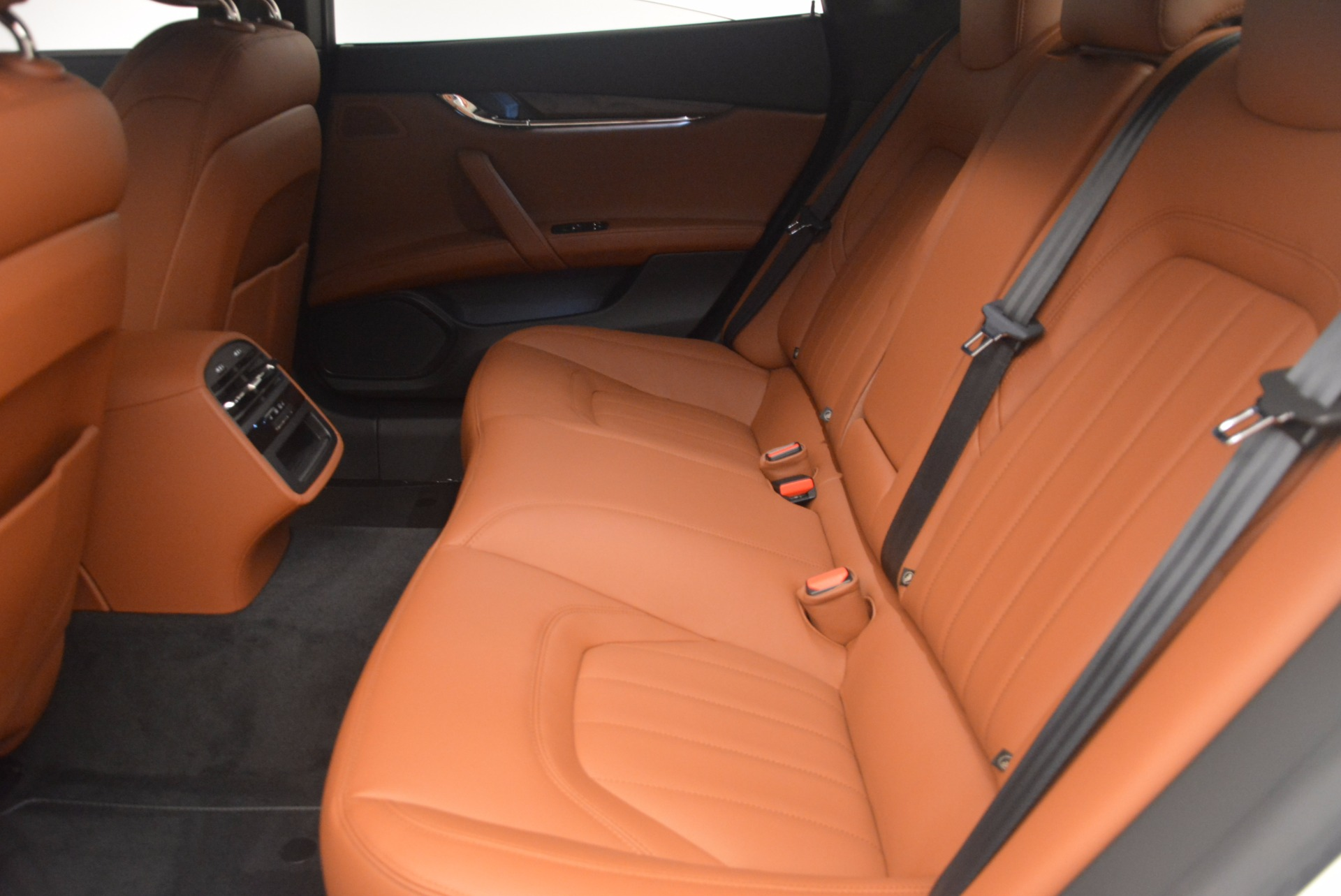 New 2017 Maserati Quattroporte SQ4 For Sale In Westport, CT 1065_p18