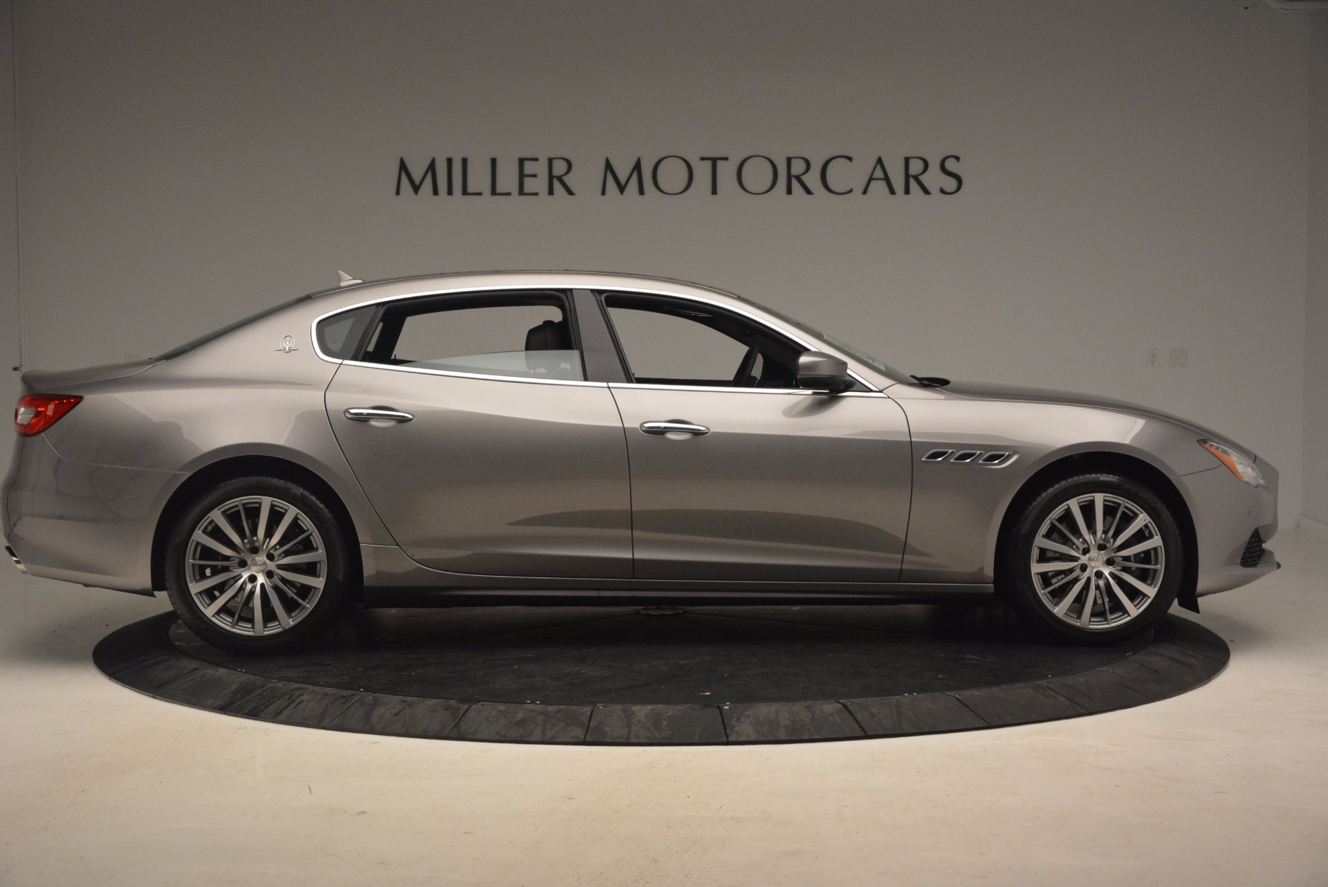 New 2017 Maserati Quattroporte SQ4 For Sale In Westport, CT 1066_p9