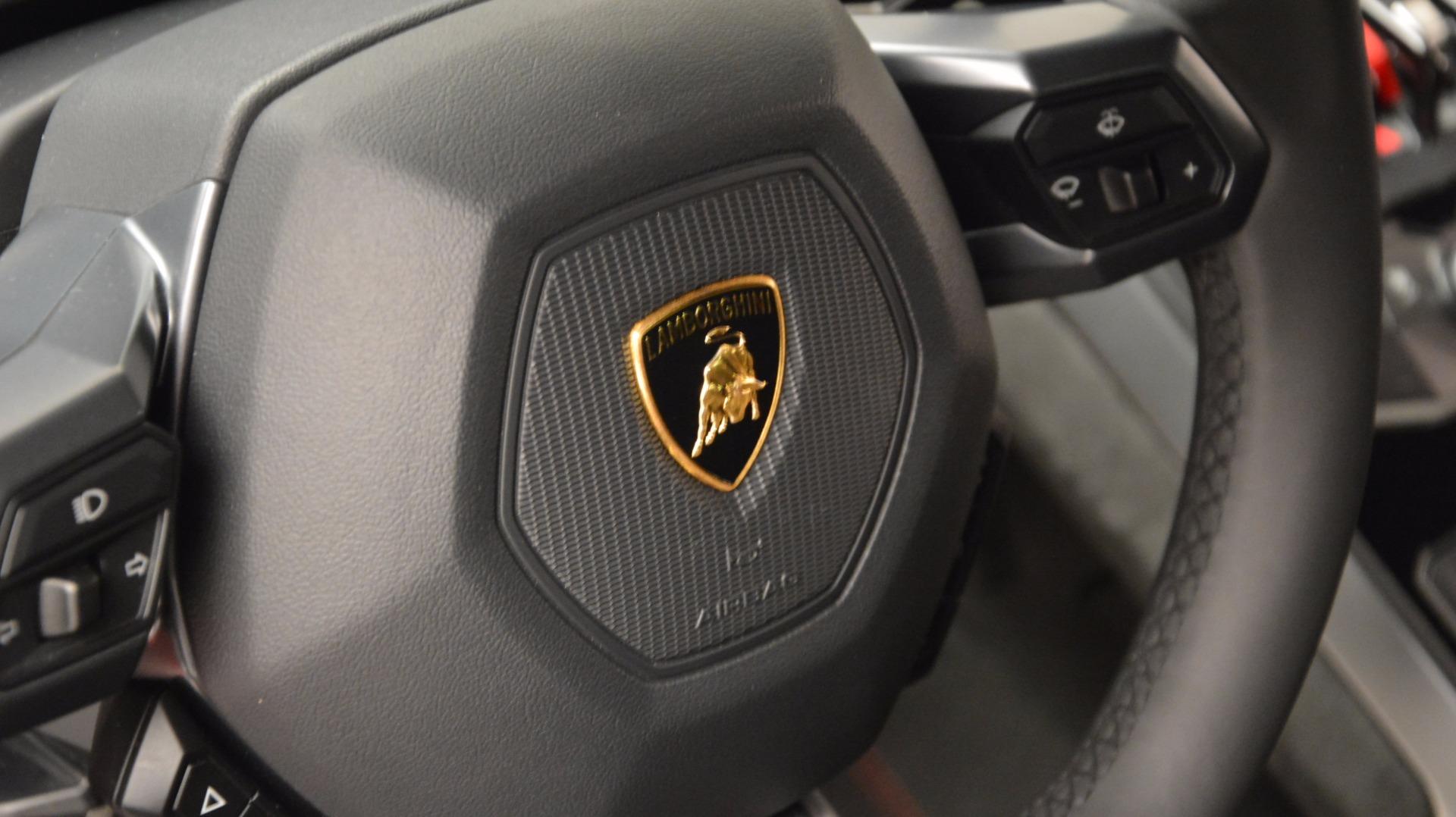 Used 2016 Lamborghini Huracan LP 580-2 For Sale In Westport, CT 1070_p24