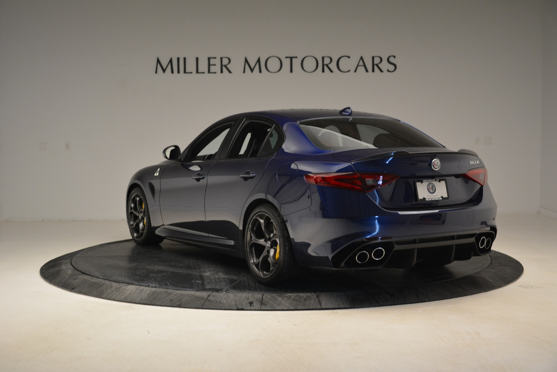 Used 2017 Alfa Romeo Giulia Quadrifoglio For Sale In Westport, CT 1079_p5