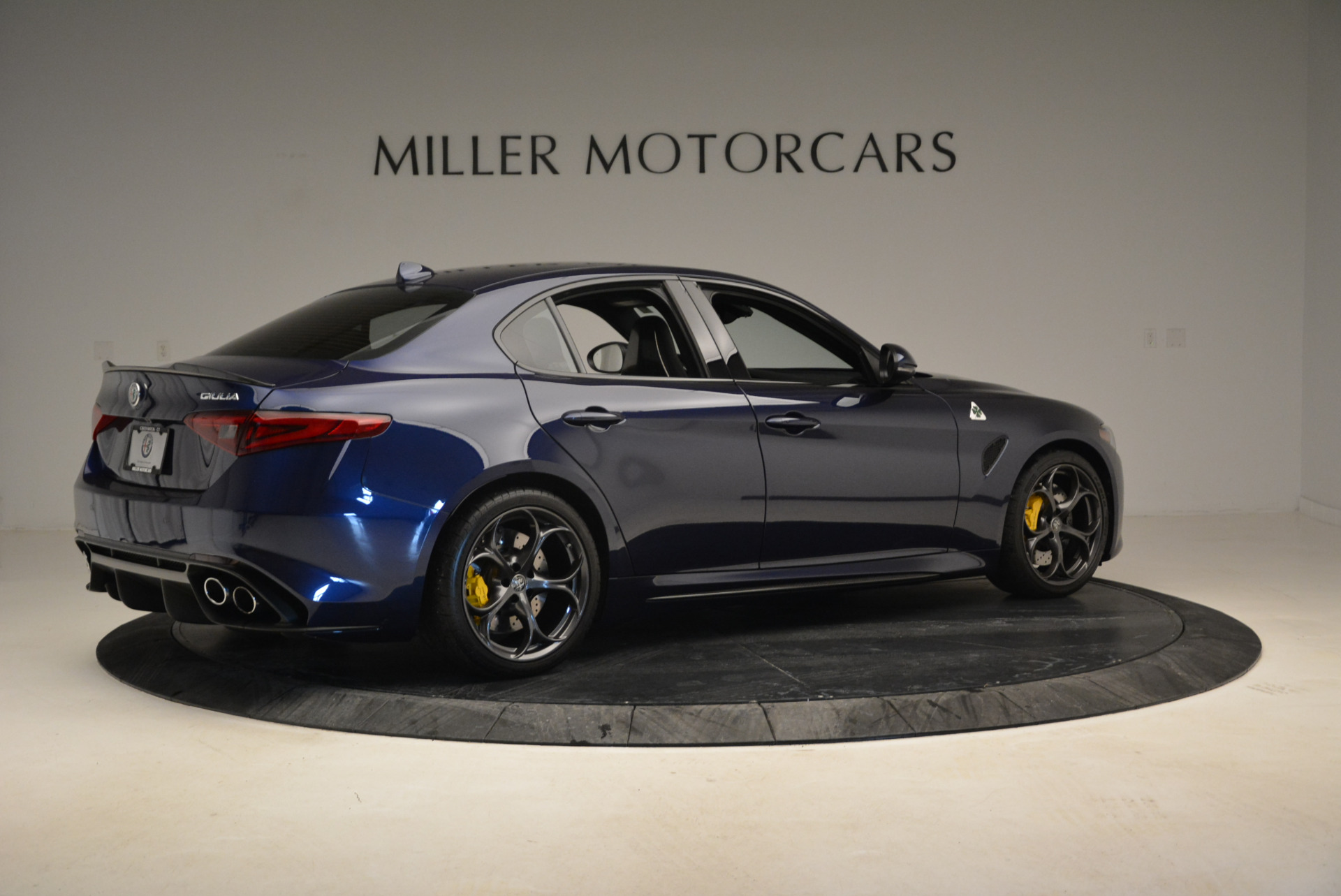 Used 2017 Alfa Romeo Giulia Quadrifoglio For Sale In Westport, CT 1079_p8