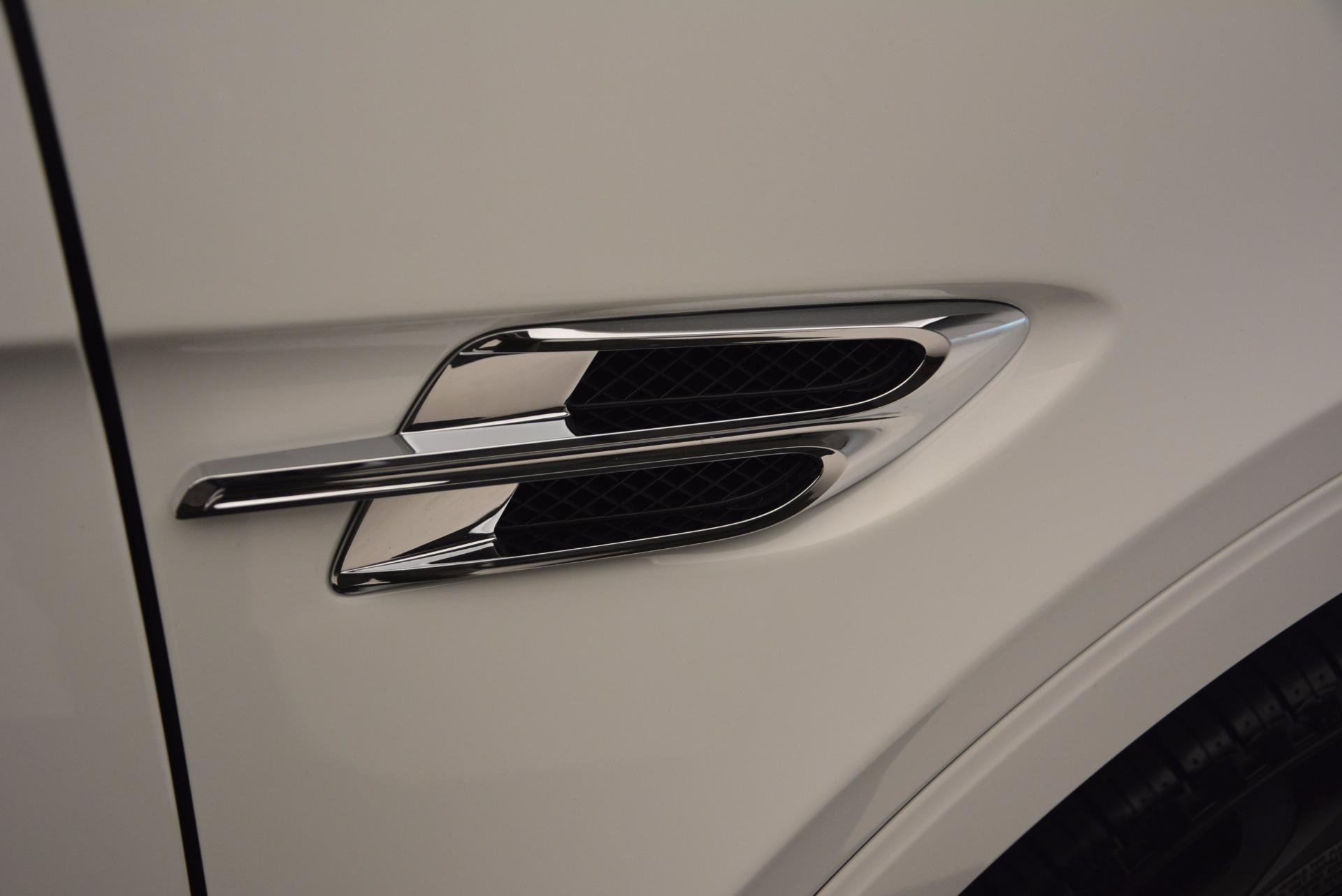 Used 2017 Bentley Bentayga  For Sale In Westport, CT 1091_p20