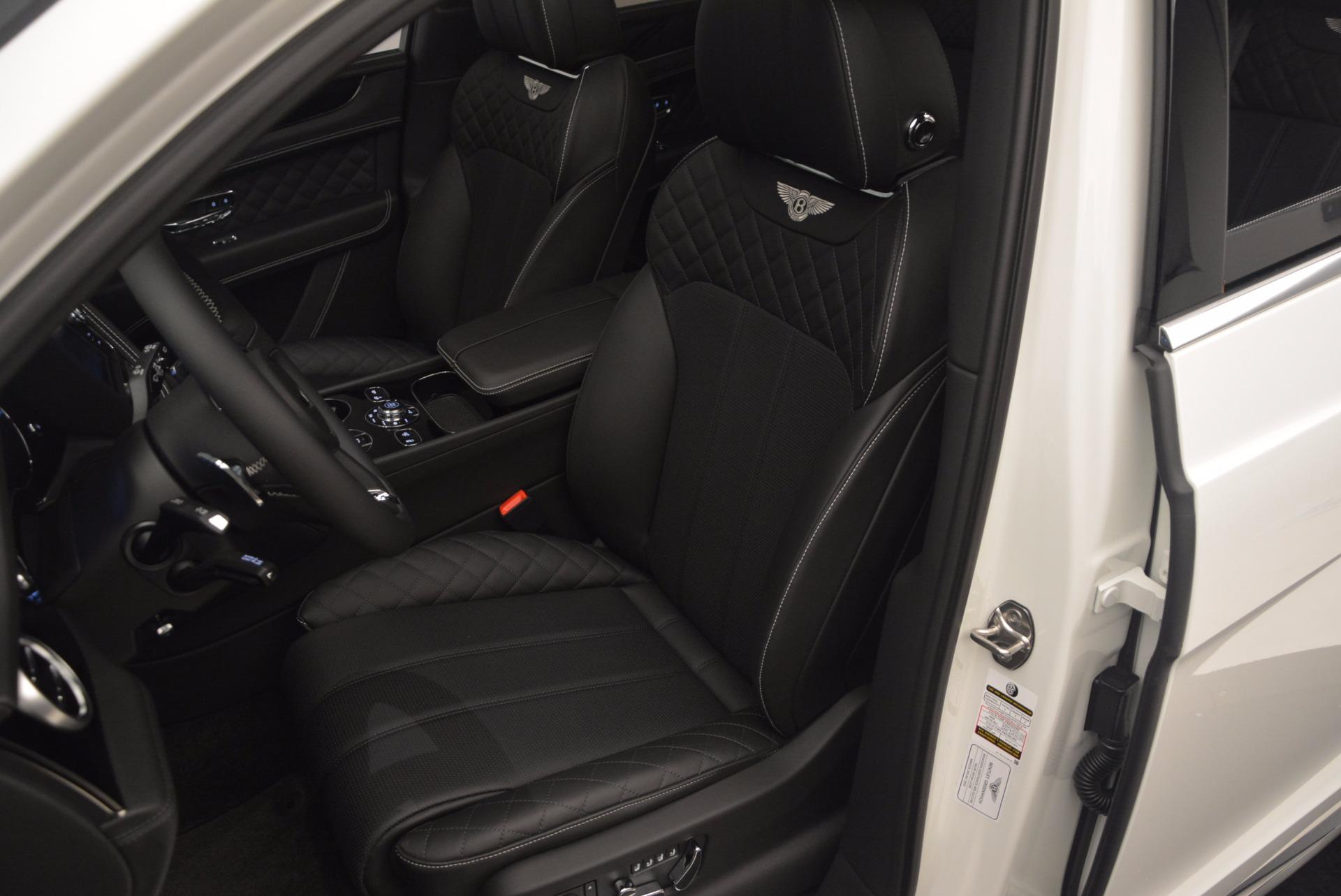 Used 2017 Bentley Bentayga  For Sale In Westport, CT 1091_p24