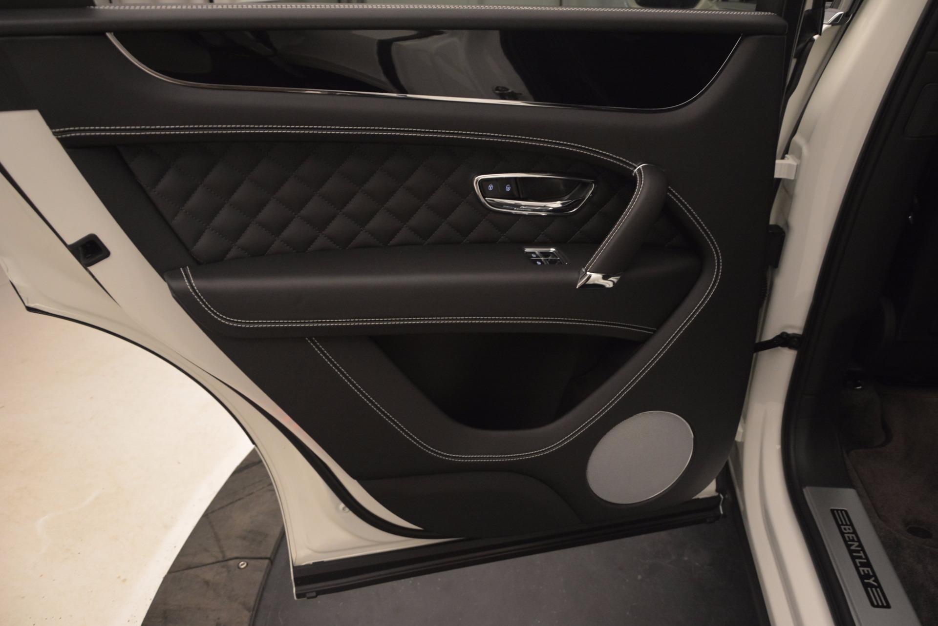 Used 2017 Bentley Bentayga  For Sale In Westport, CT 1091_p29