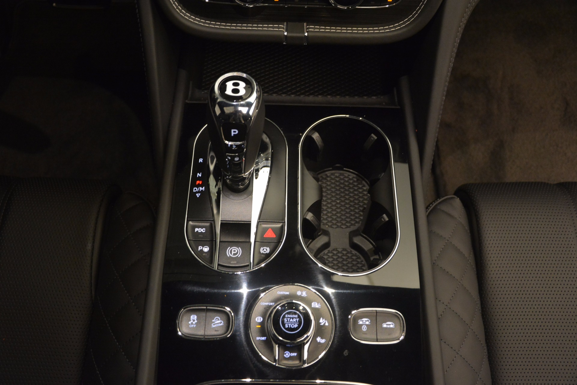 Used 2017 Bentley Bentayga  For Sale In Westport, CT 1091_p49