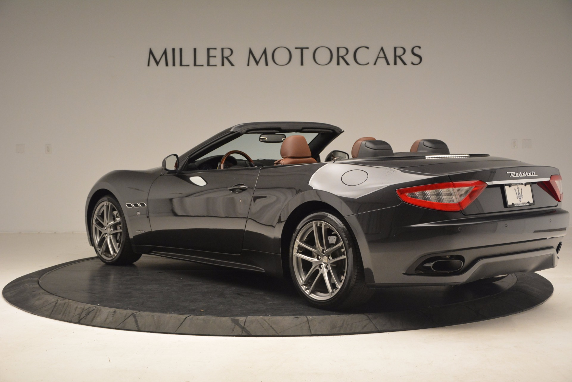 Used 2012 Maserati GranTurismo Sport For Sale In Westport, CT 1097_p4