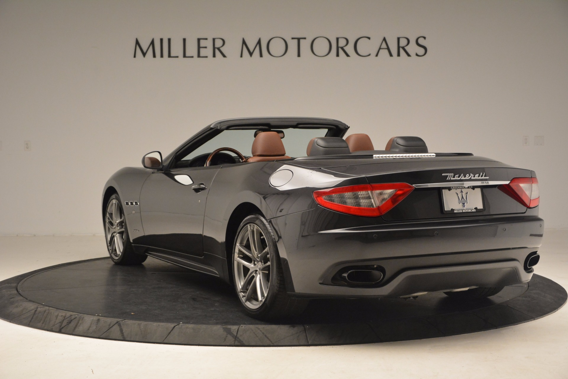Used 2012 Maserati GranTurismo Sport For Sale In Westport, CT 1097_p5