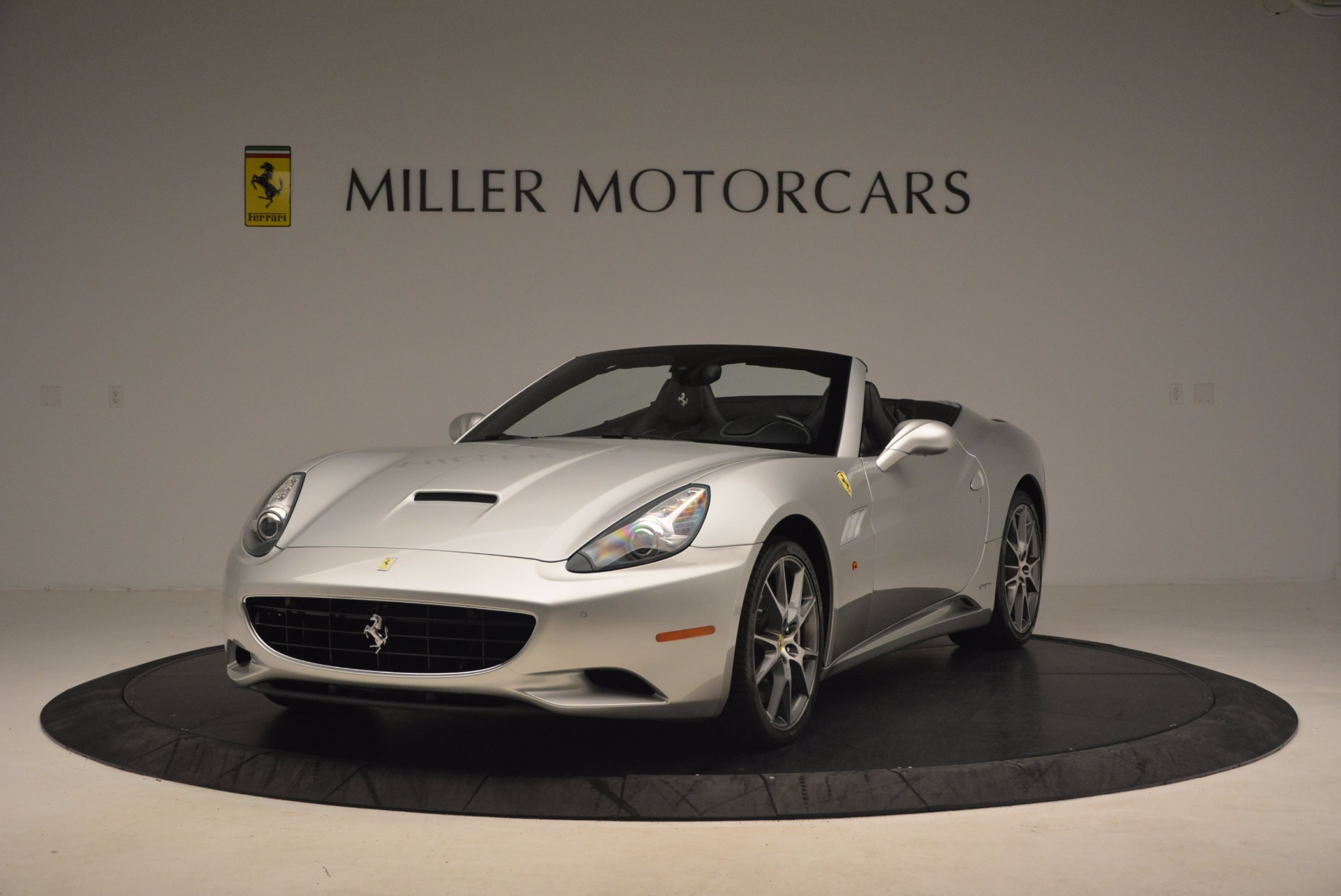 Used 2012 Ferrari California  For Sale In Westport, CT 1098_main