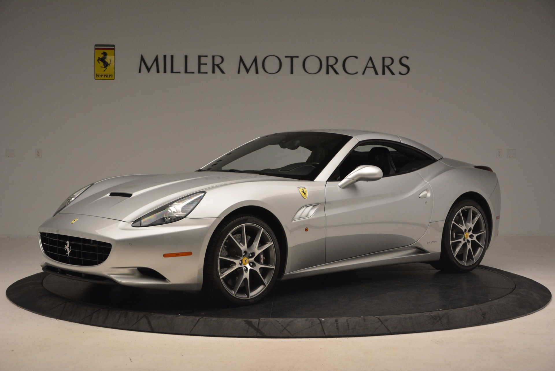 Used 2012 Ferrari California  For Sale In Westport, CT 1098_p14