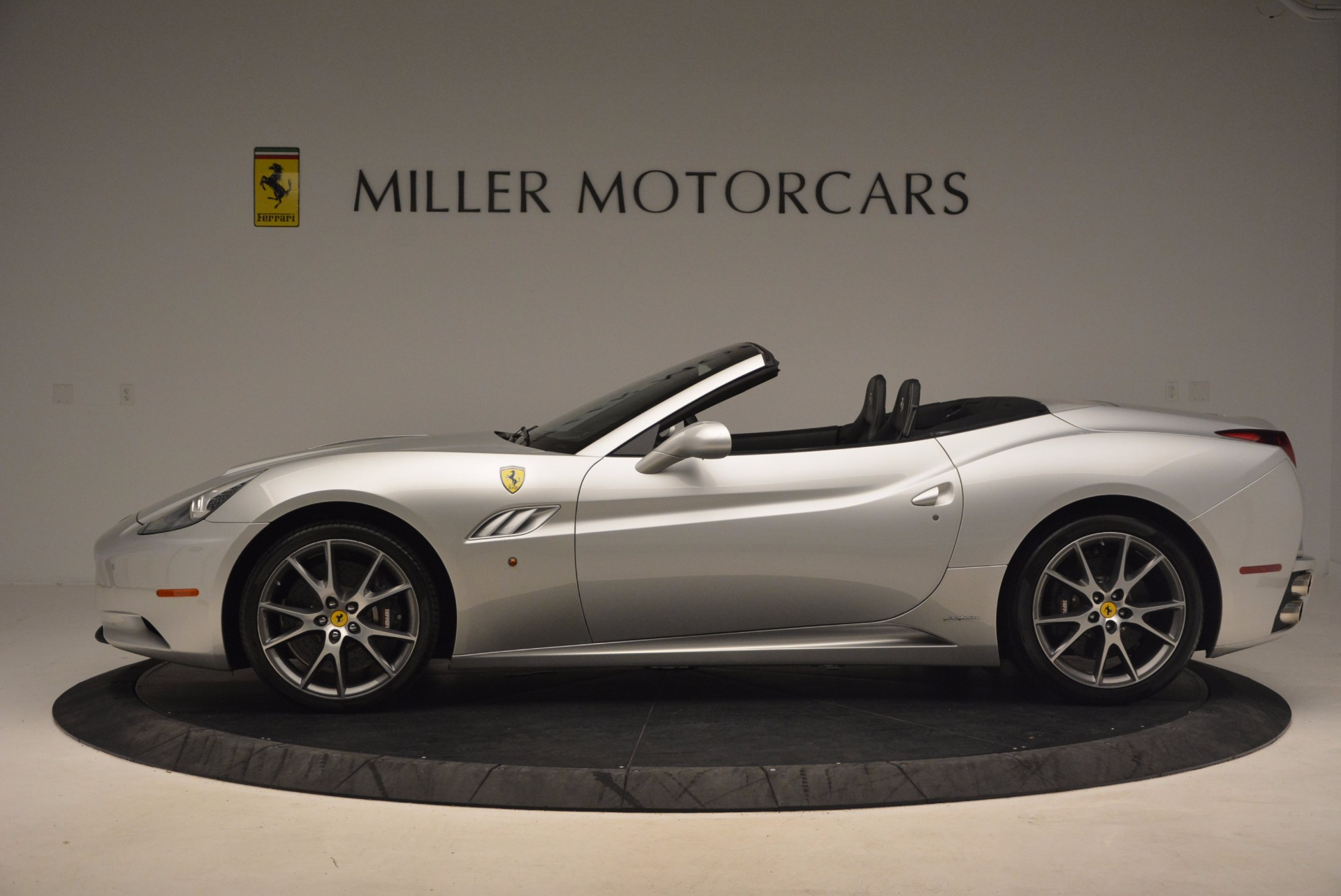 Used 2012 Ferrari California  For Sale In Westport, CT 1098_p3