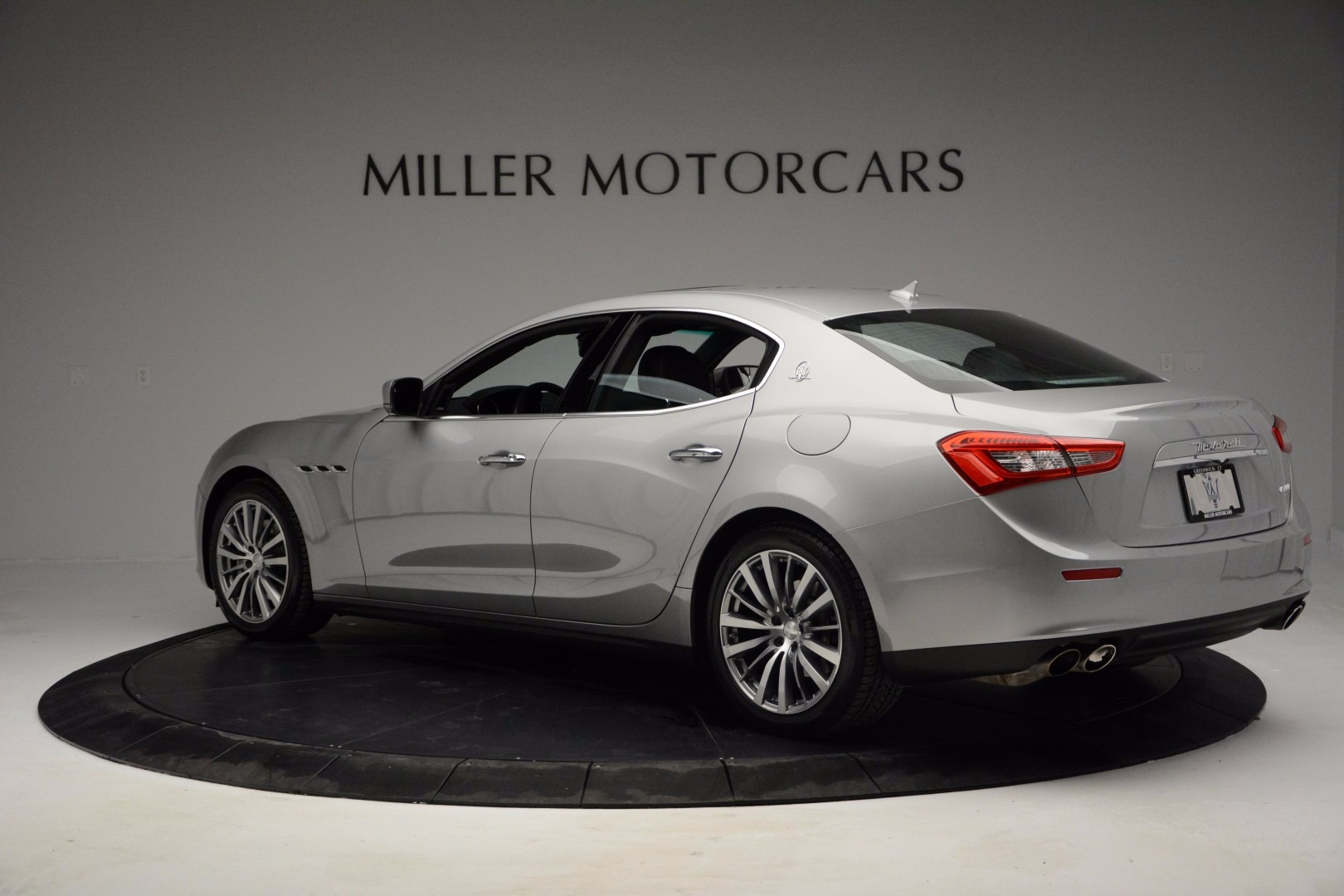 Used 2014 Maserati Ghibli  For Sale In Westport, CT 1099_p3