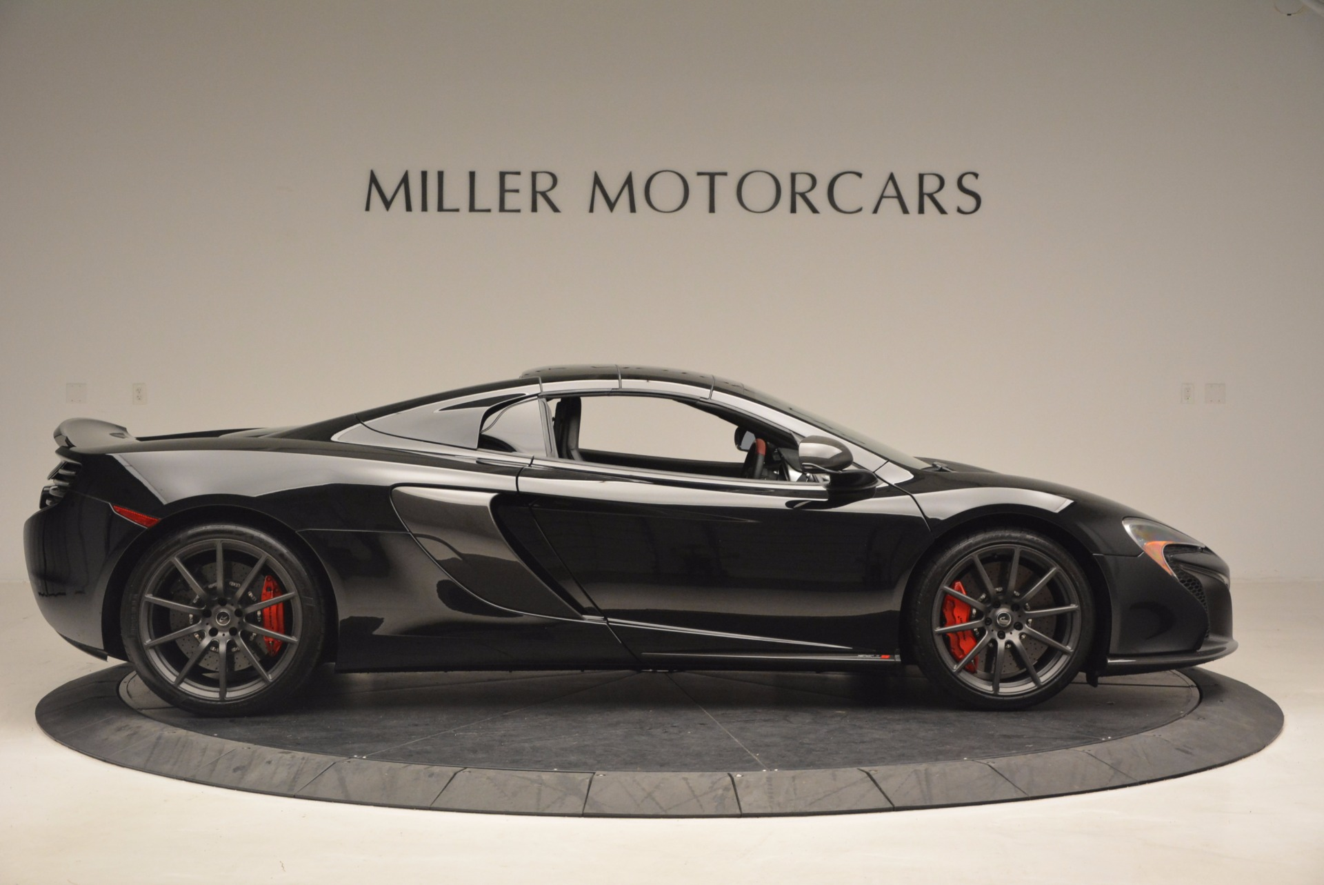 Used 2016 McLaren 650S Spider  For Sale In Westport, CT 1103_p18