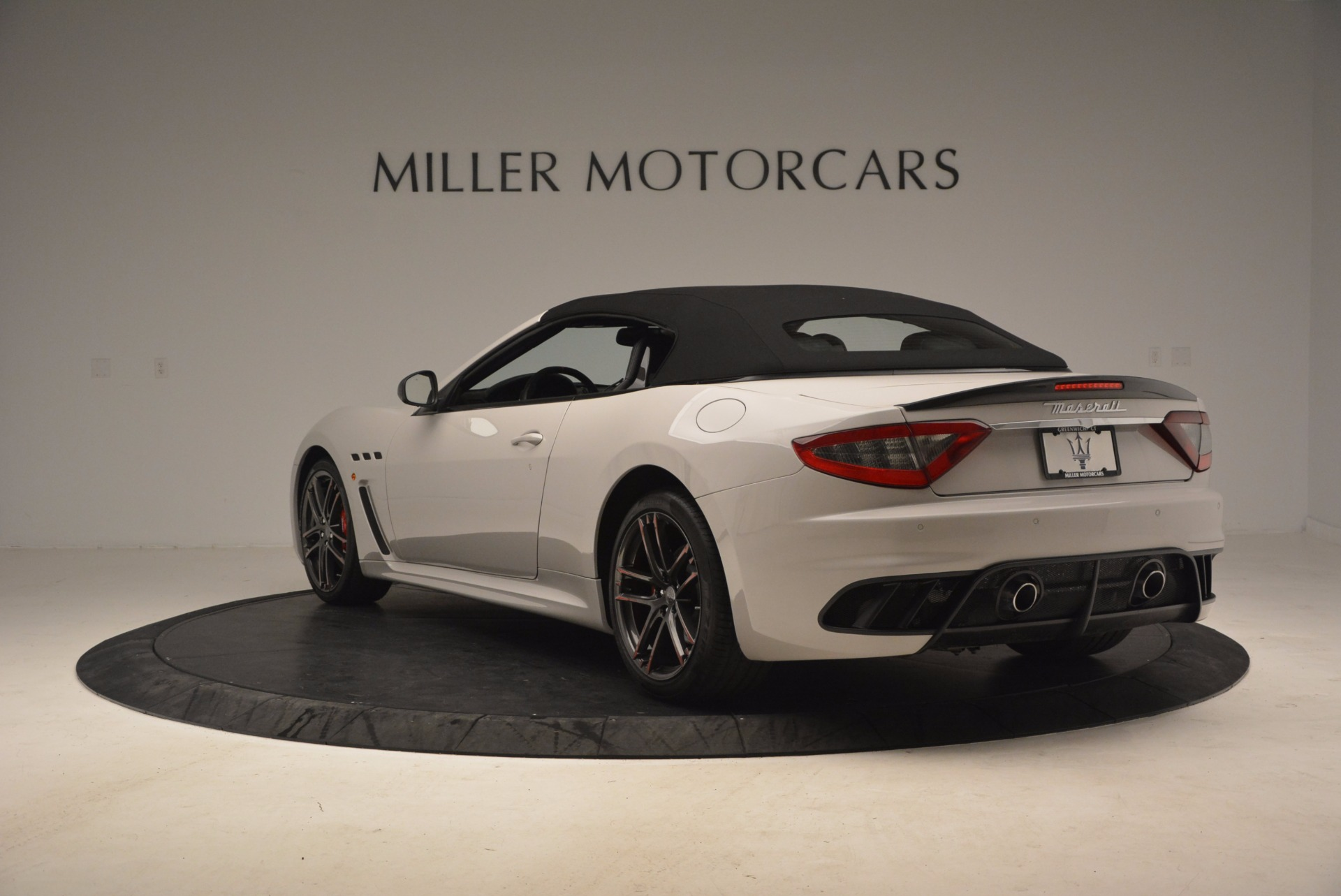 Used 2015 Maserati GranTurismo MC Centennial For Sale In Westport, CT 1107_p17