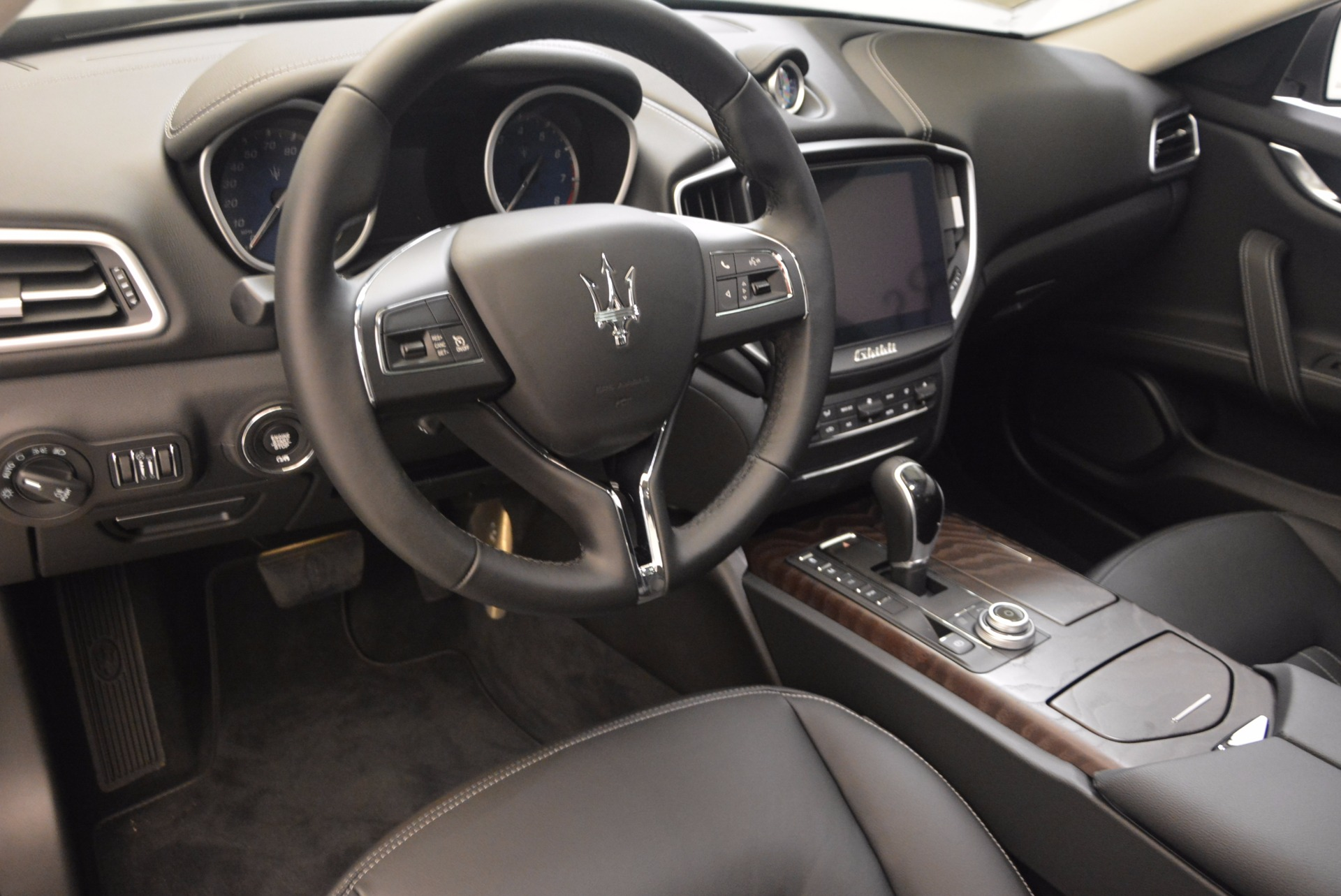 New 2017 Maserati Ghibli SQ4 For Sale In Westport, CT 1109_p13