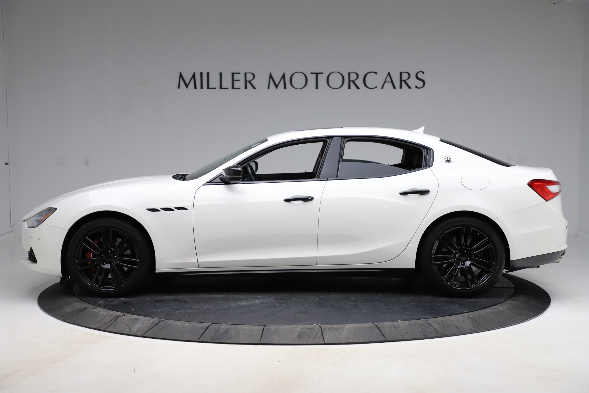 Used 2017 Maserati Ghibli S Q4 For Sale In Westport, CT 1121_p3