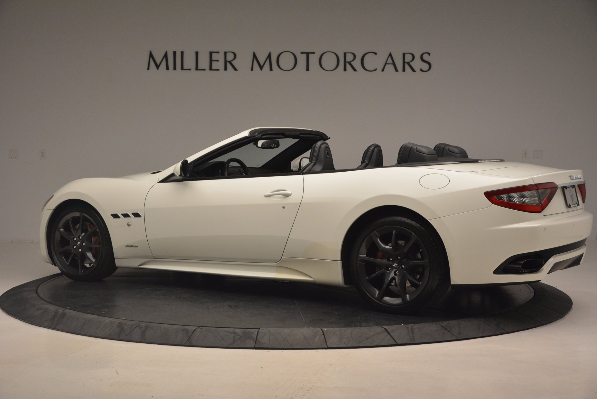 Used 2014 Maserati GranTurismo Sport For Sale In Westport, CT 1128_p7