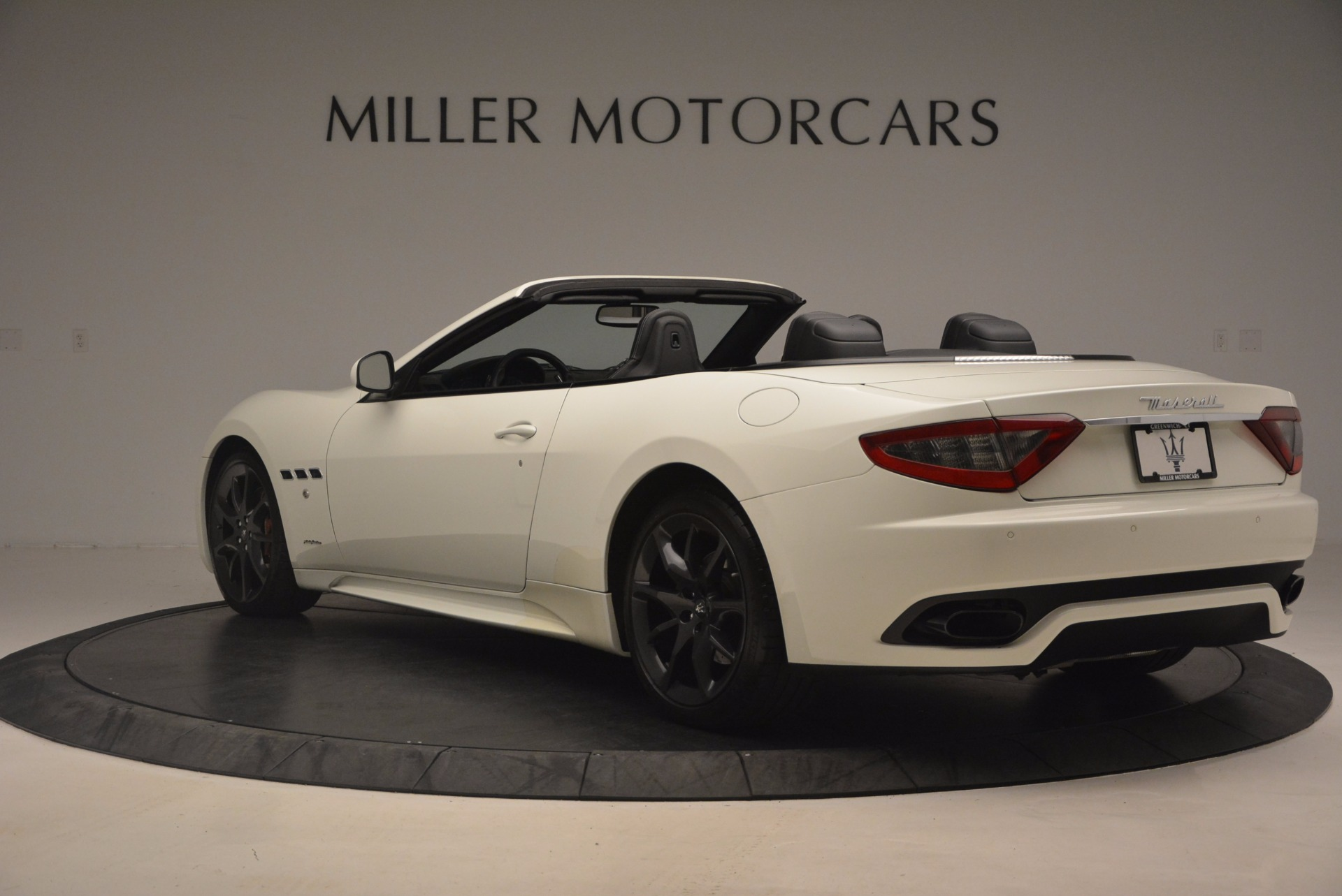 Used 2014 Maserati GranTurismo Sport For Sale In Westport, CT 1128_p8