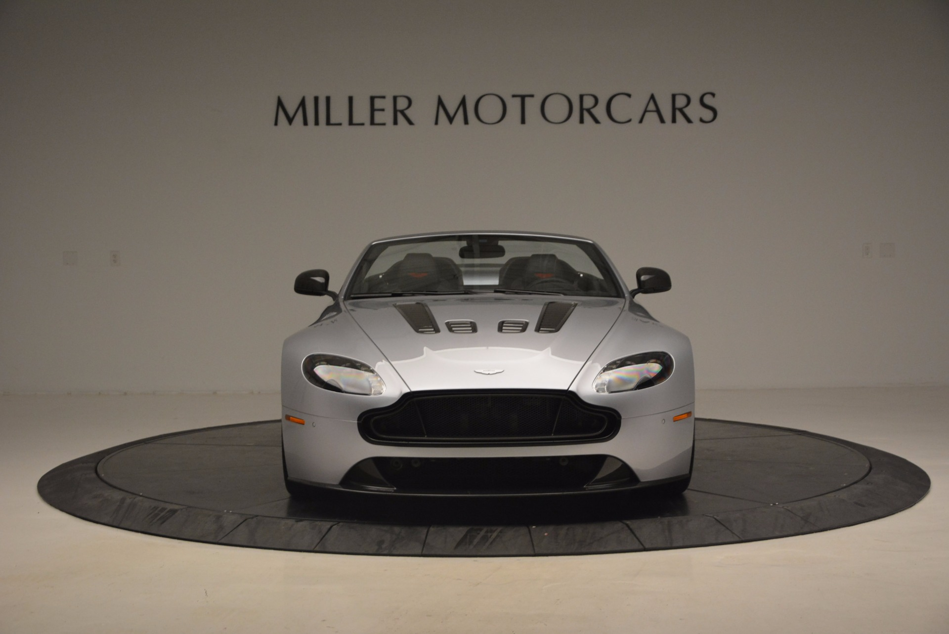 Used 2015 Aston Martin V12 Vantage S Roadster For Sale In Westport, CT 1130_p12
