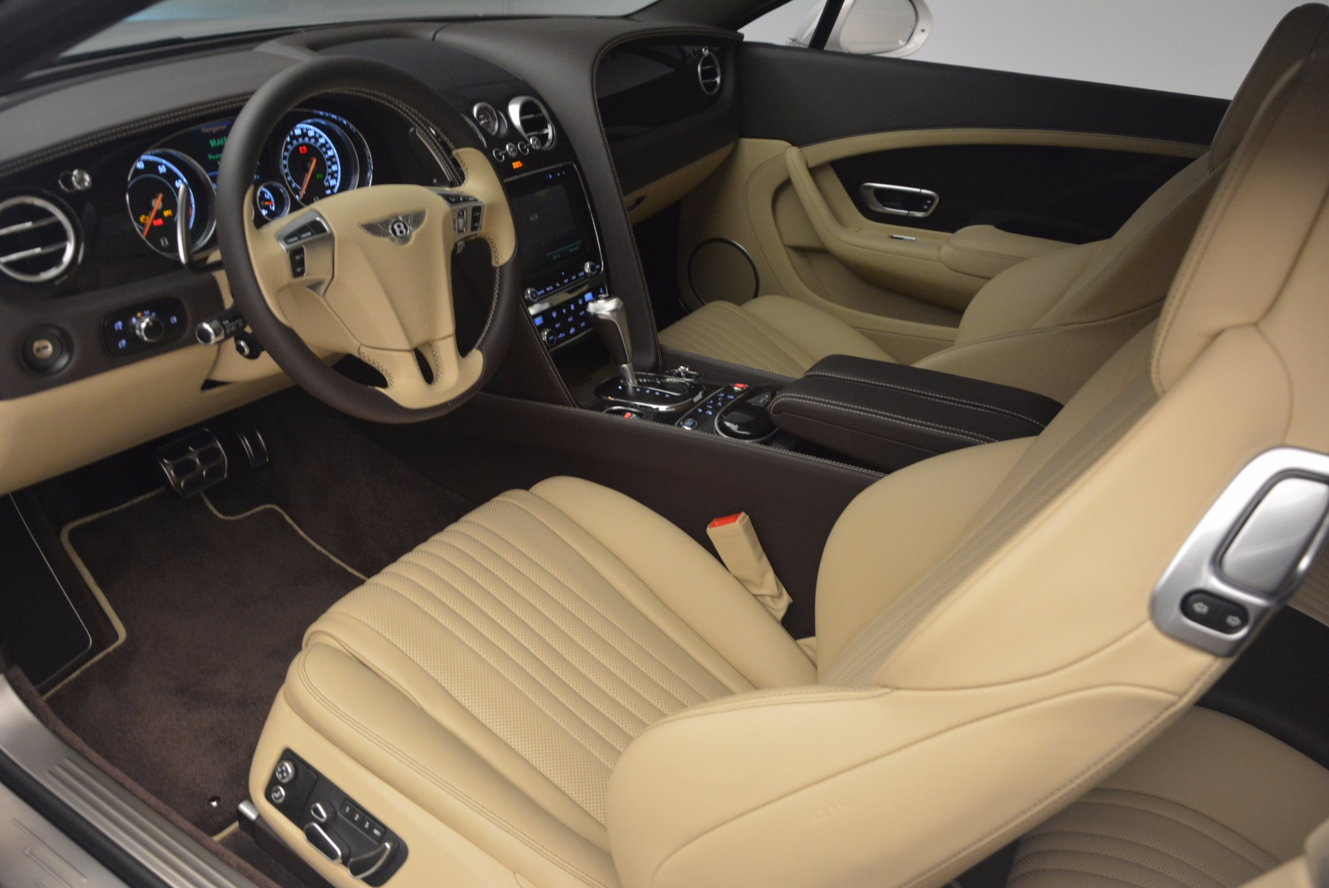 Used 2017 Bentley Continental GT V8 For Sale In Westport, CT 1133_p19