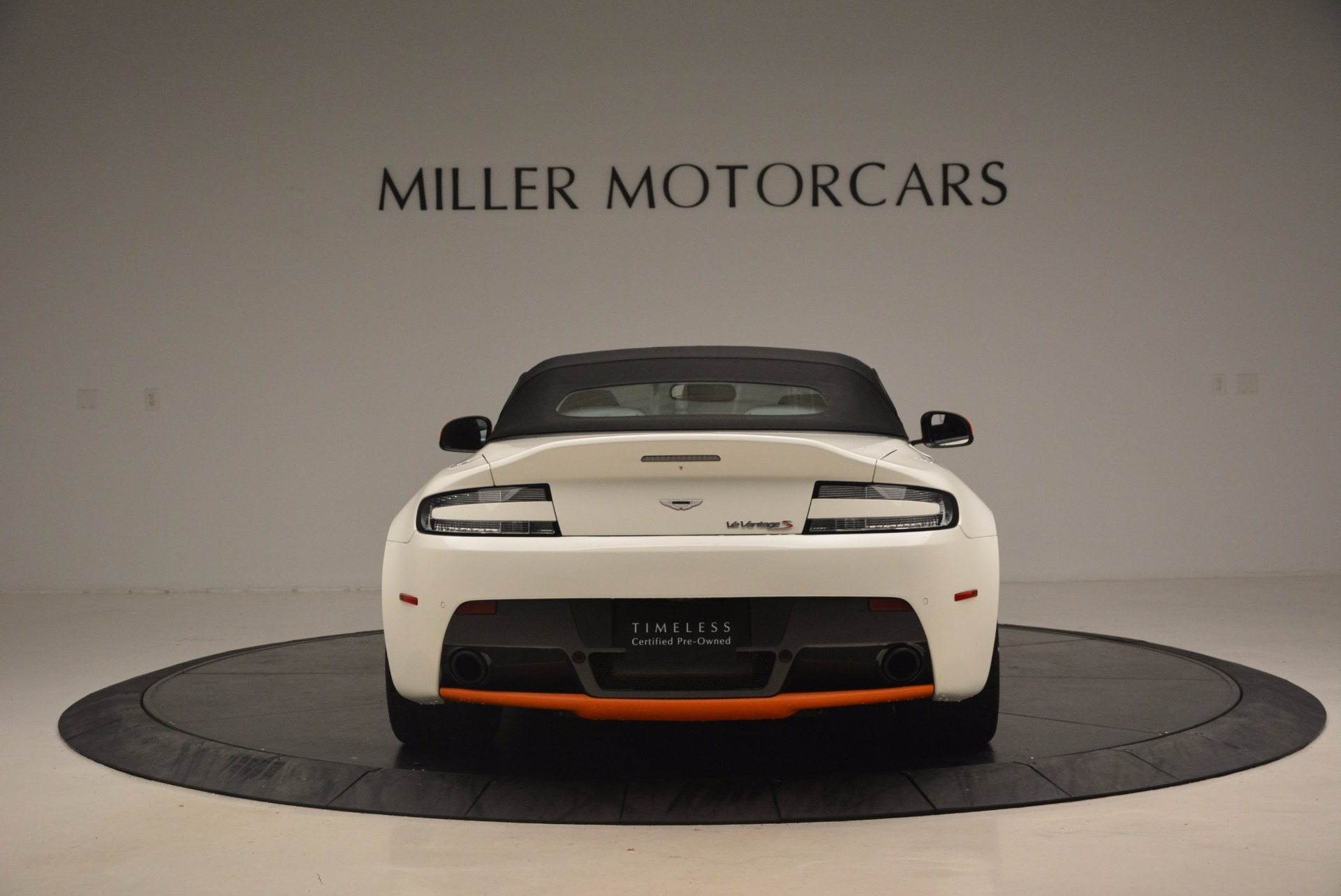 Used 2017 Aston Martin V12 Vantage S Convertible For Sale In Westport, CT 1134_p18