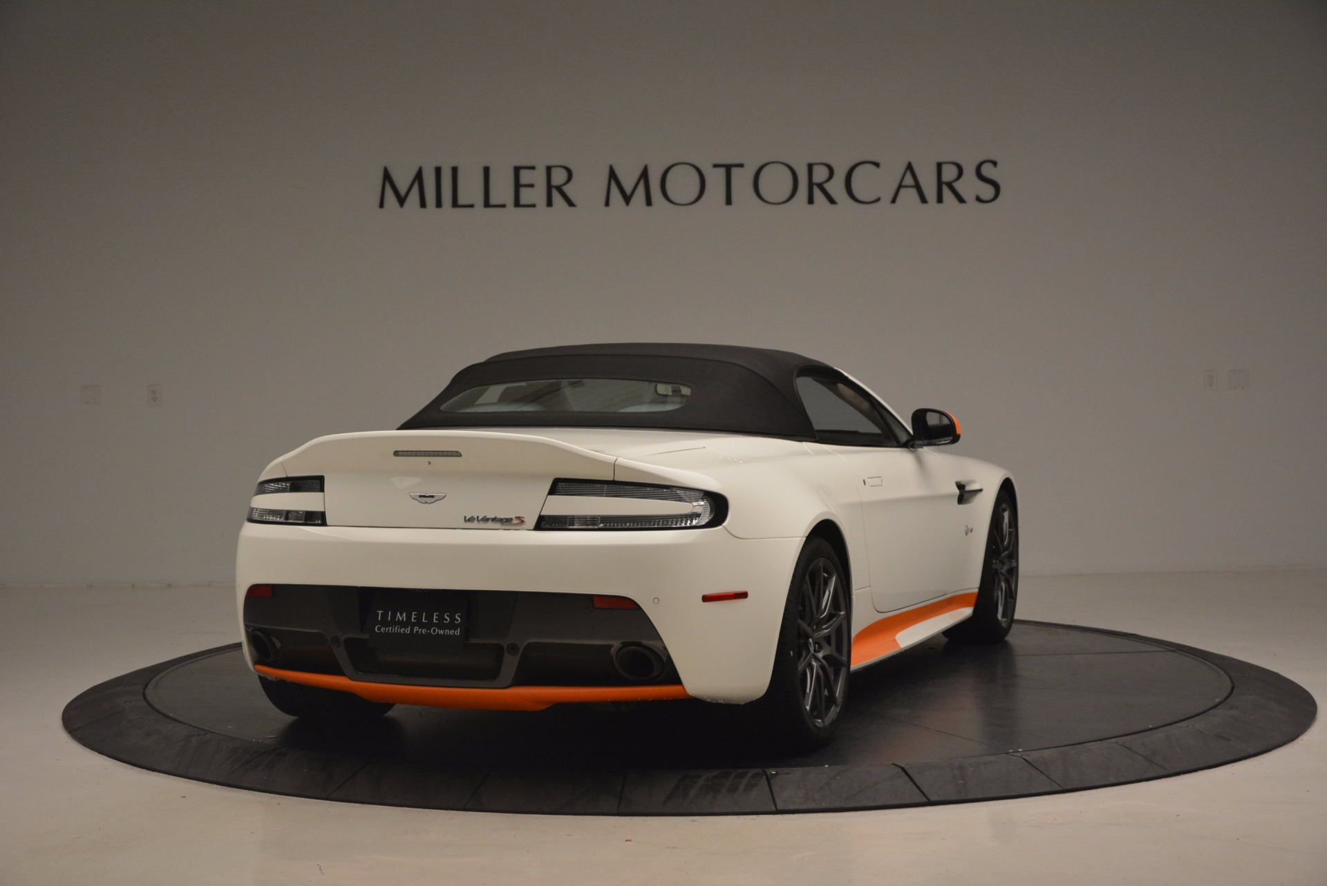 Used 2017 Aston Martin V12 Vantage S Convertible For Sale In Westport, CT 1134_p19