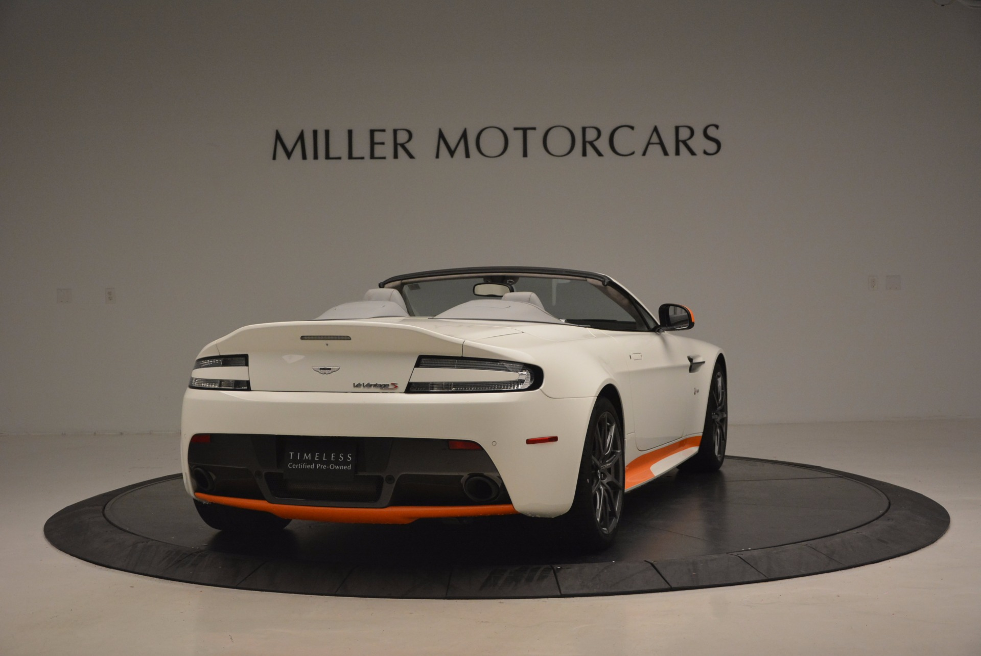 Used 2017 Aston Martin V12 Vantage S Convertible For Sale In Westport, CT 1134_p7