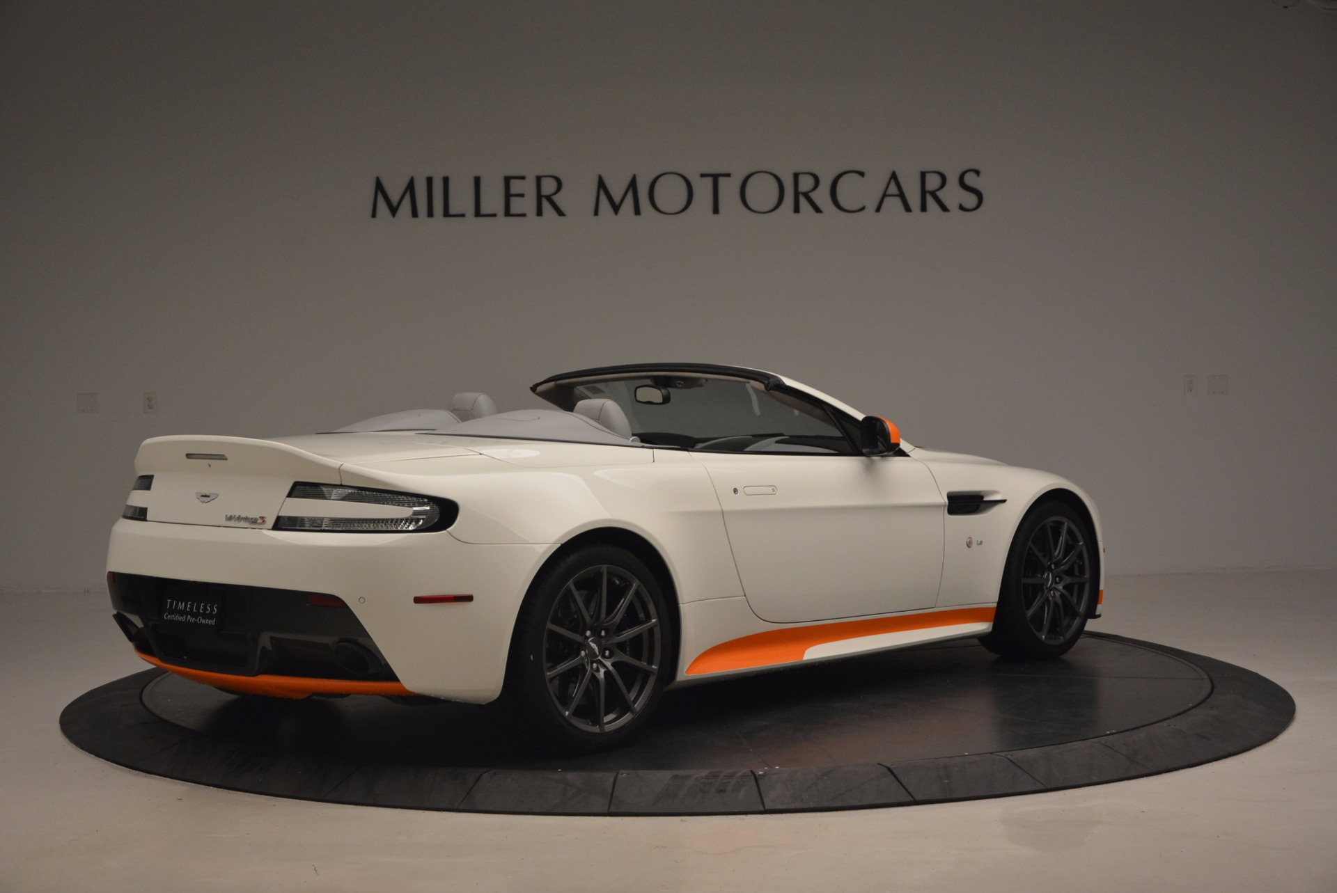 Used 2017 Aston Martin V12 Vantage S Convertible For Sale In Westport, CT 1134_p8