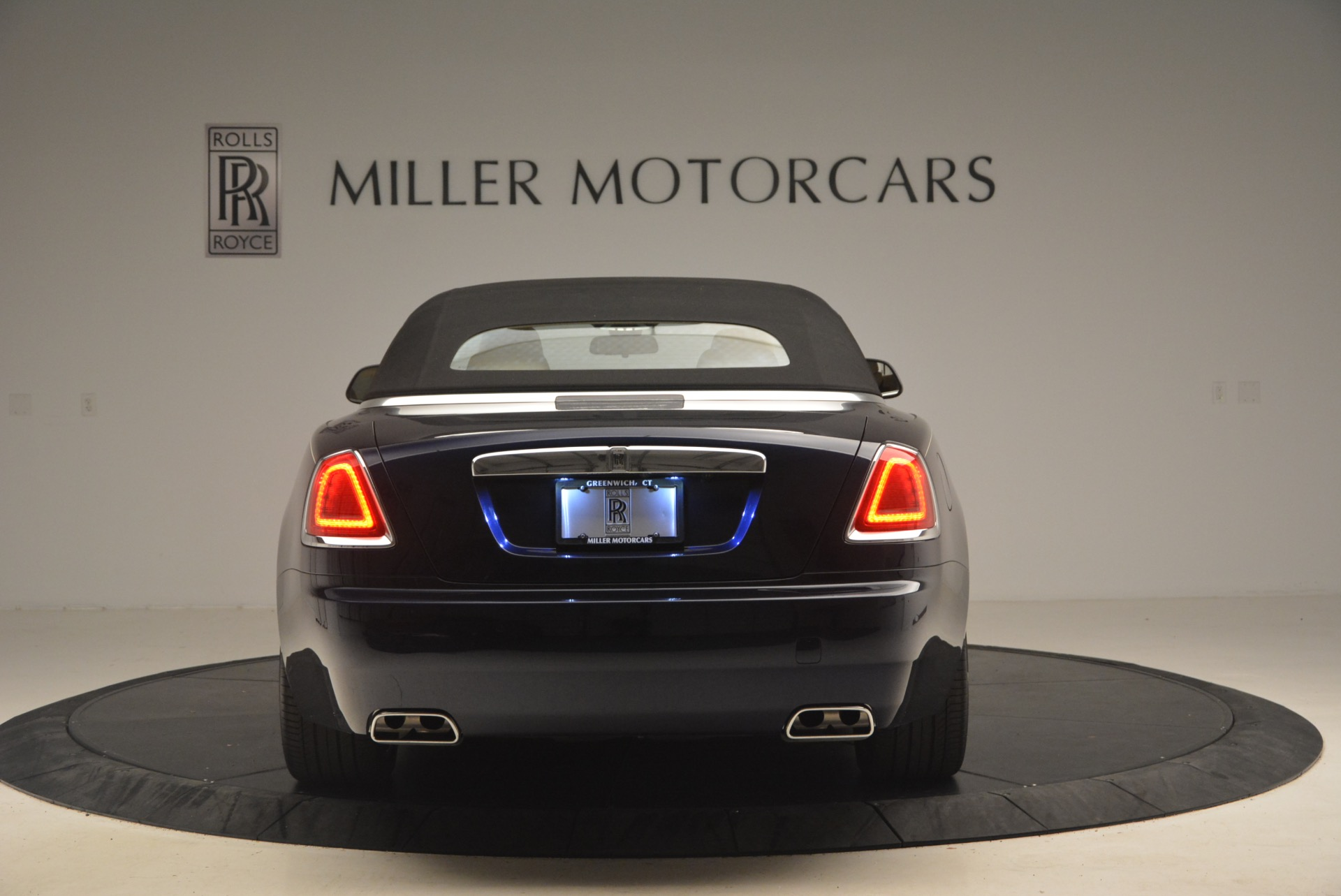 Used 2017 Rolls-Royce Dawn  For Sale In Westport, CT 1138_p19