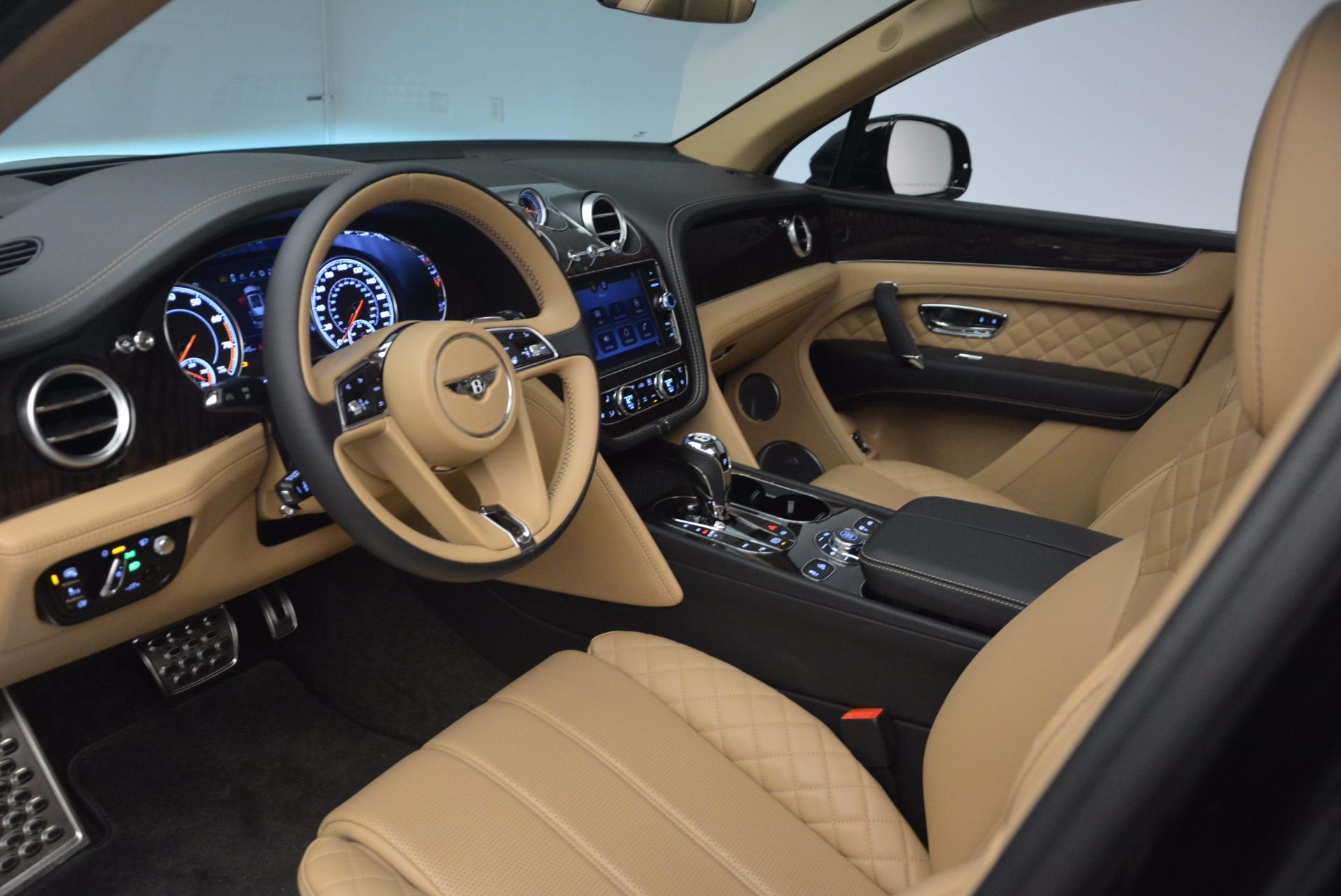 Used 2017 Bentley Bentayga  For Sale In Westport, CT 1139_p23