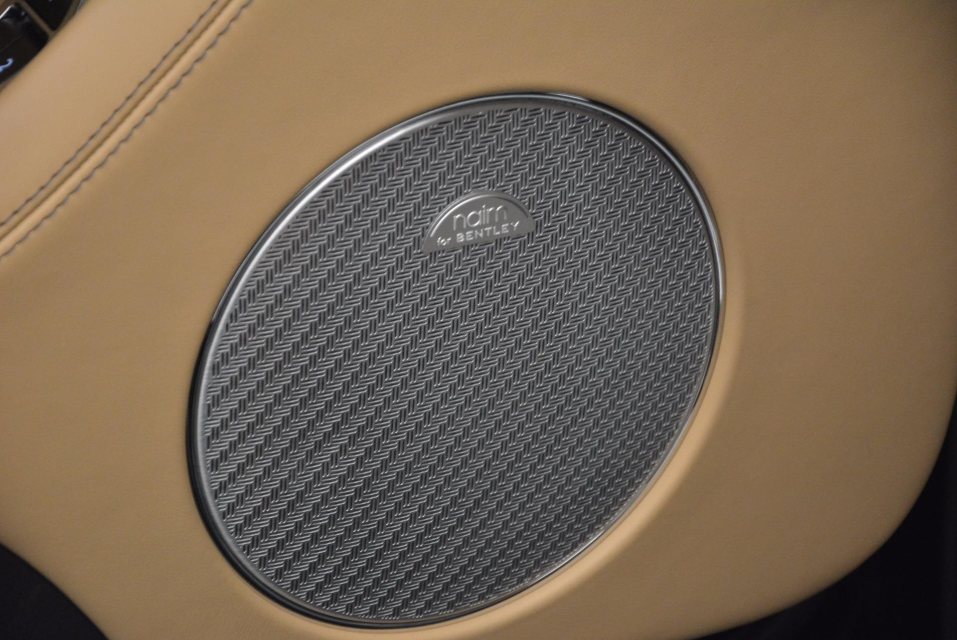 Used 2017 Bentley Bentayga  For Sale In Westport, CT 1139_p25