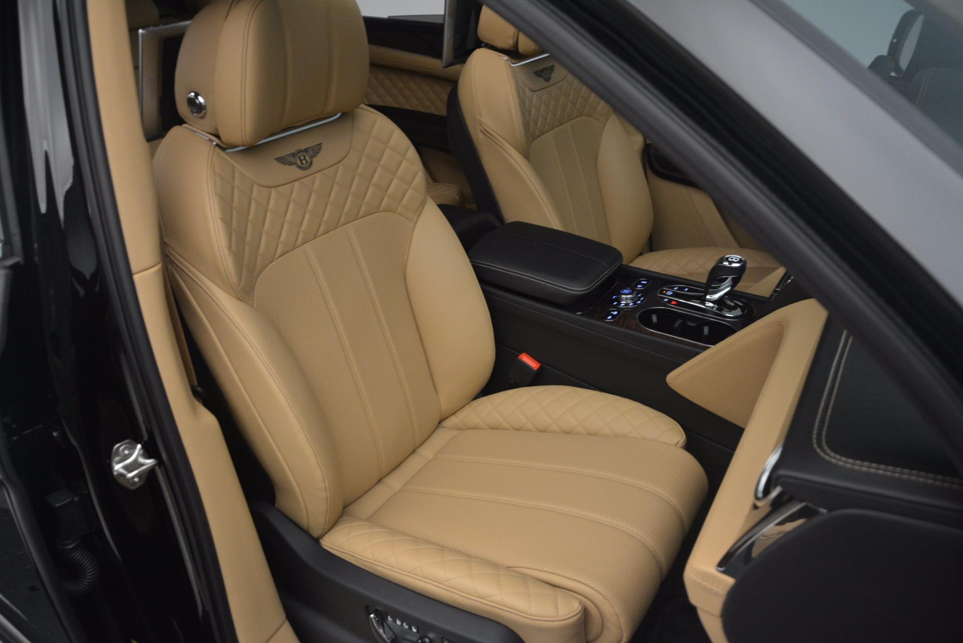 Used 2017 Bentley Bentayga  For Sale In Westport, CT 1139_p39