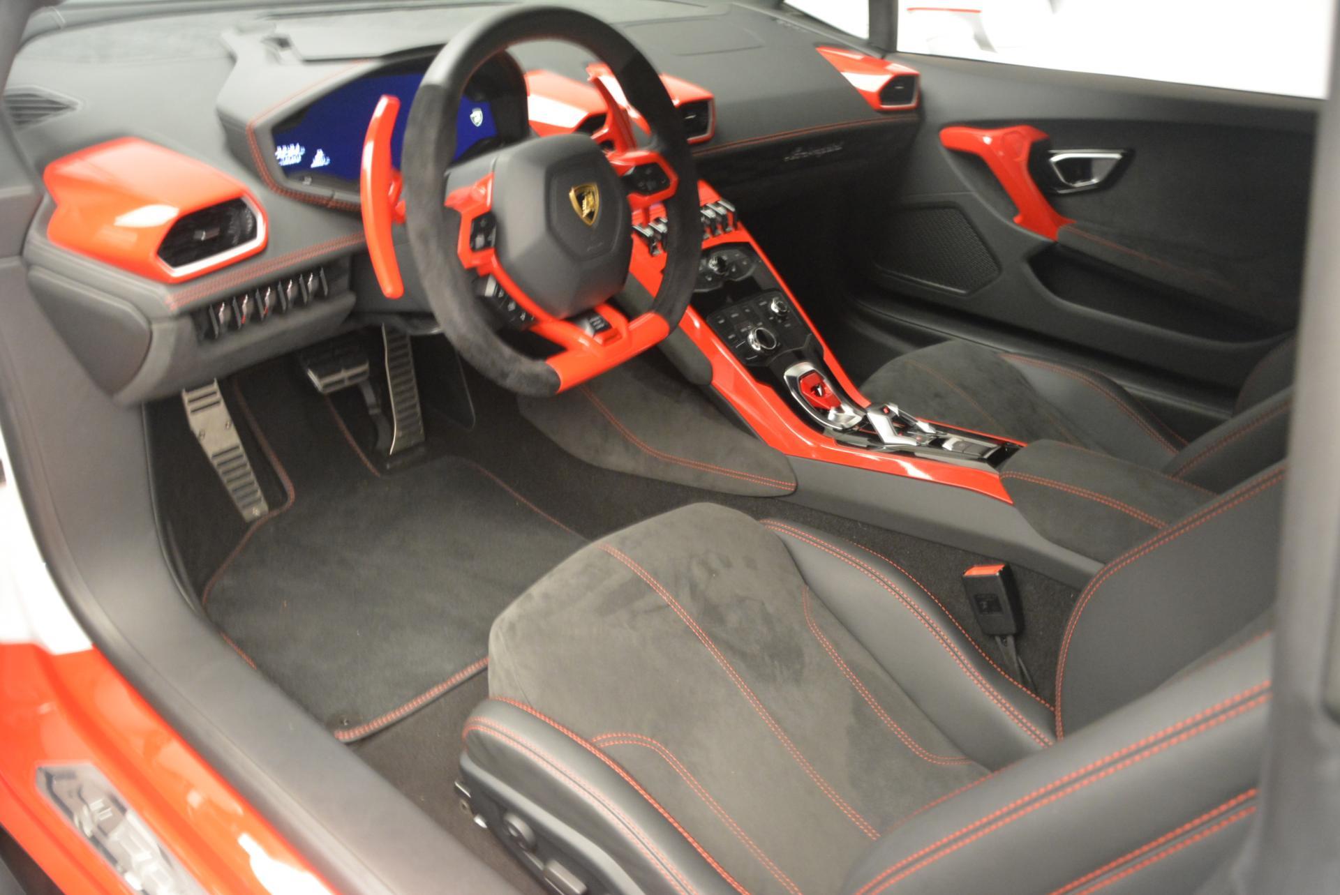 Used 2015 Lamborghini Huracan LP610-4 For Sale In Westport, CT 114_p14
